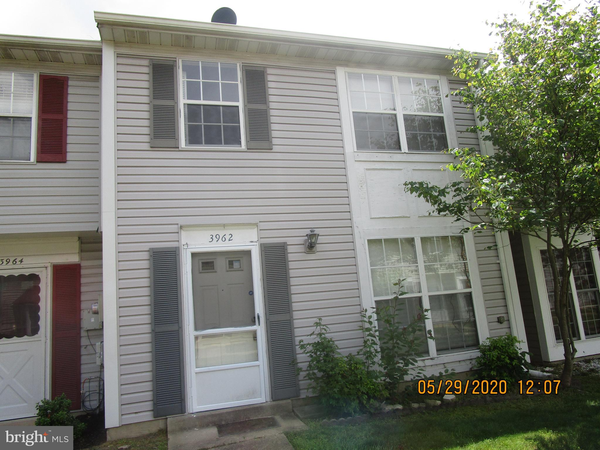 Property needs some TLC - 3 generous sized bedrooms large eat-in kitchen - All major appliances are