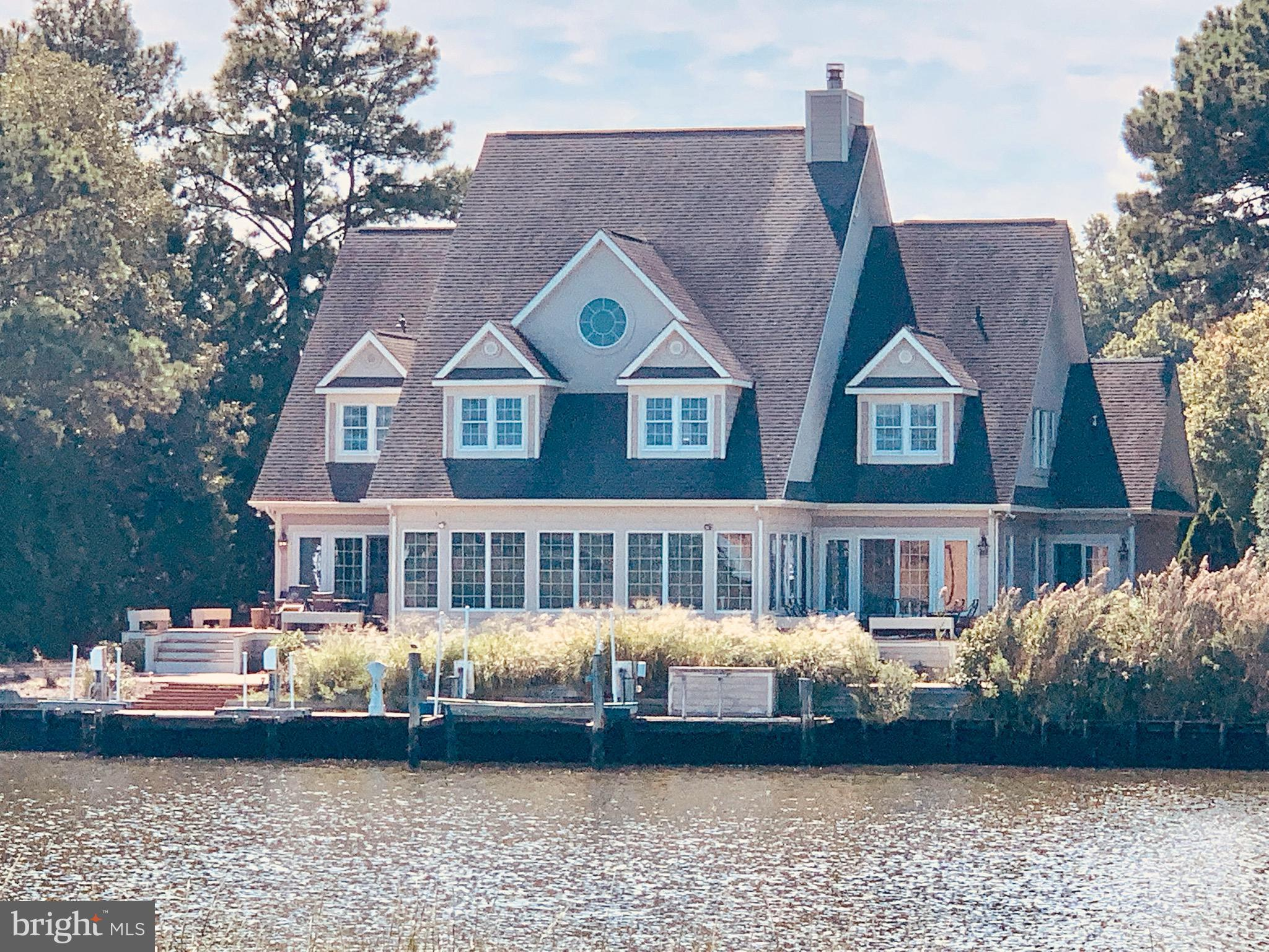 Rare chance to show a perfectly maintained home with Awesome Waterfront in RBYCC. Every detail was c