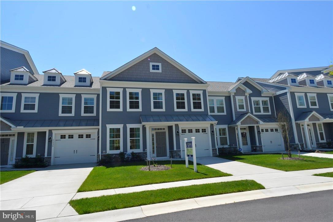 Spacious two story townhome READY NOW with first floor master suite.  This unit has a $20K incentive