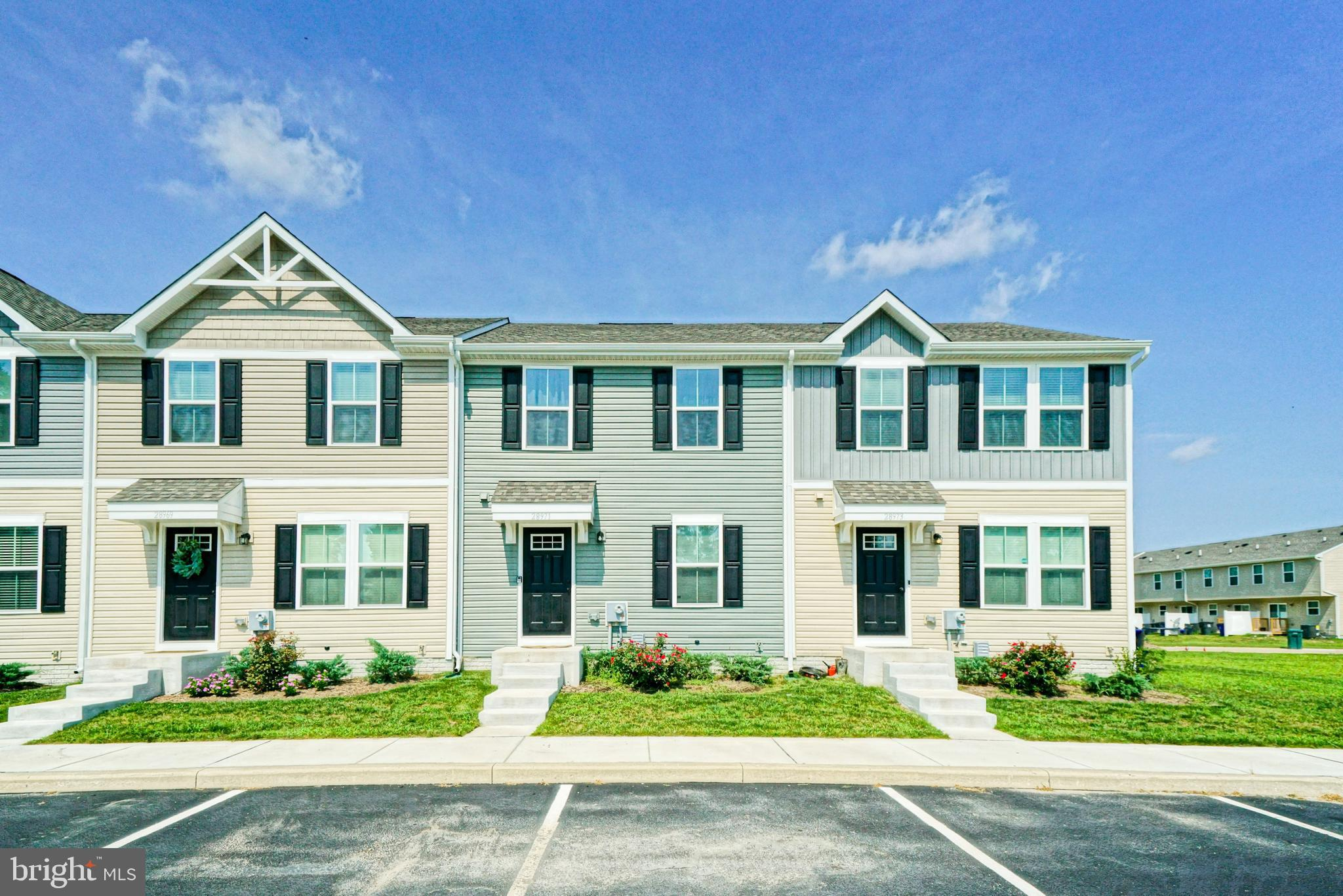 WHY WAIT TO BUILD? Enjoy this practically brand new, recently built, three-bedroom, 2.5 bath townhom