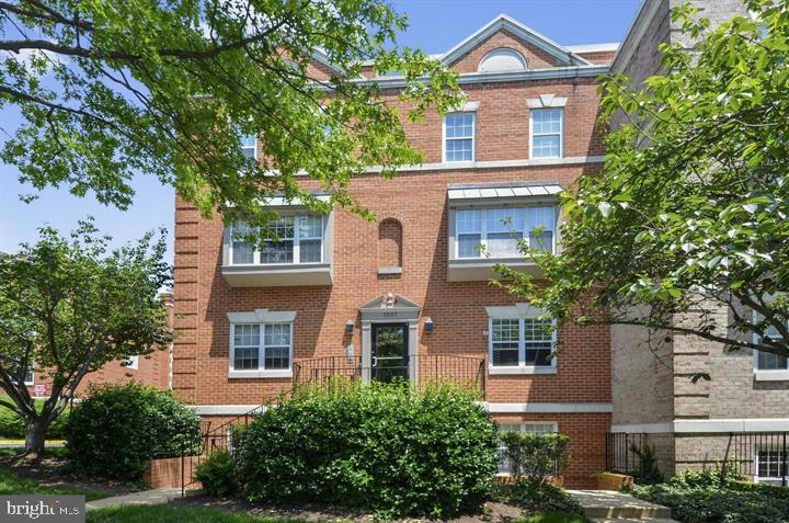 Excellent investment opportunity! Unit is rented thru December. Pristine condition, high end, large