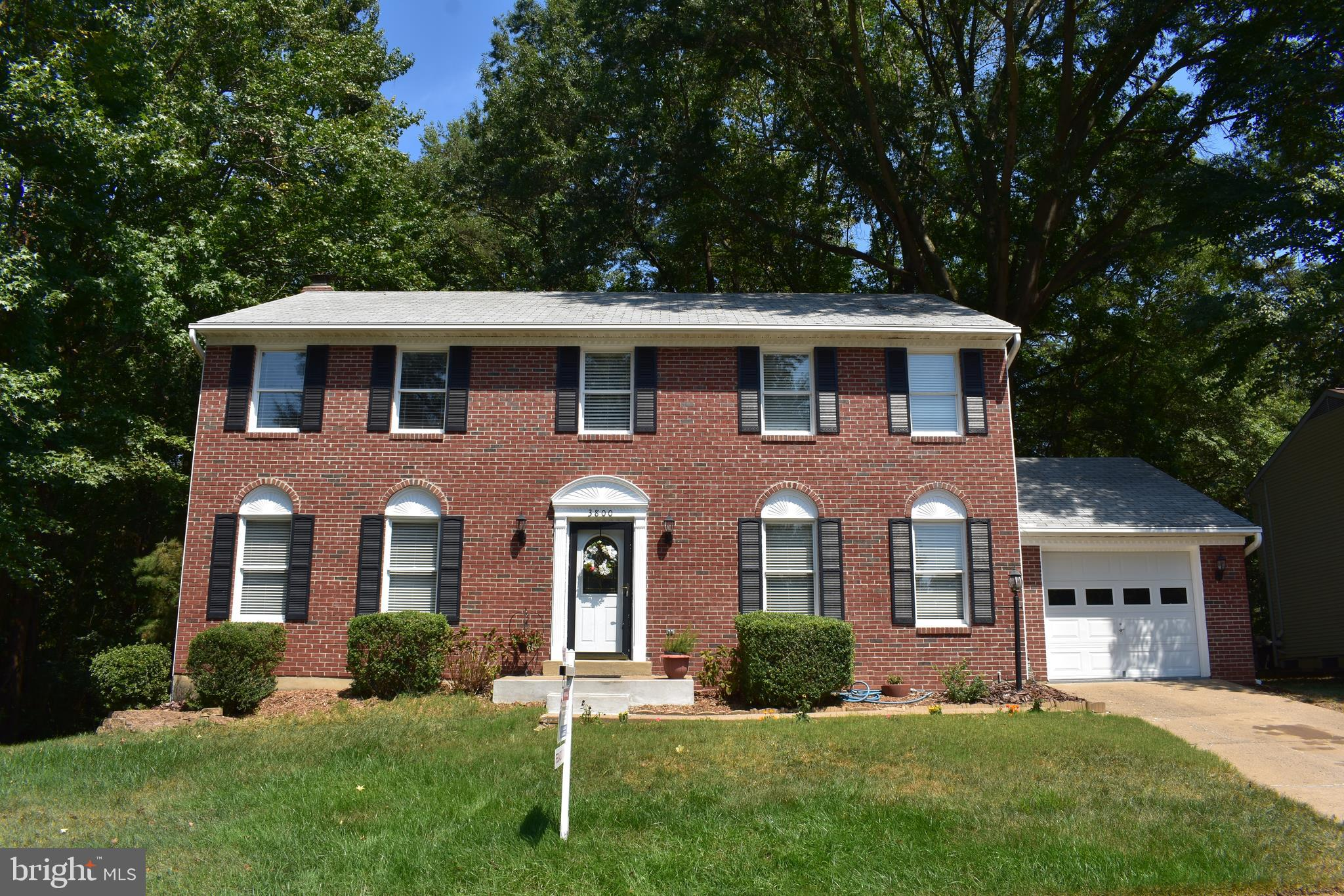 Check out this brick front Colonial located in sought after Montclair with loads of amenities.  Hard