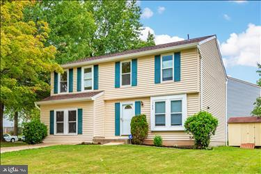 Outstanding Colonial located in Edinburgh Village has it all. Gleaming hardwood floors, fresh design