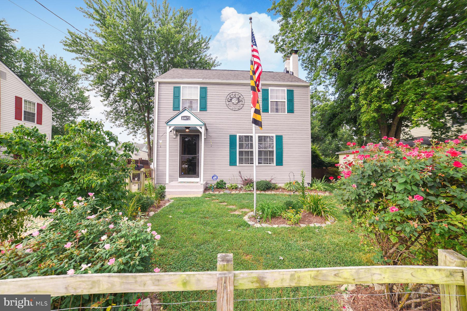 Stunningly cared for home in convenient Lexington Park Location. This home has been well loved and i