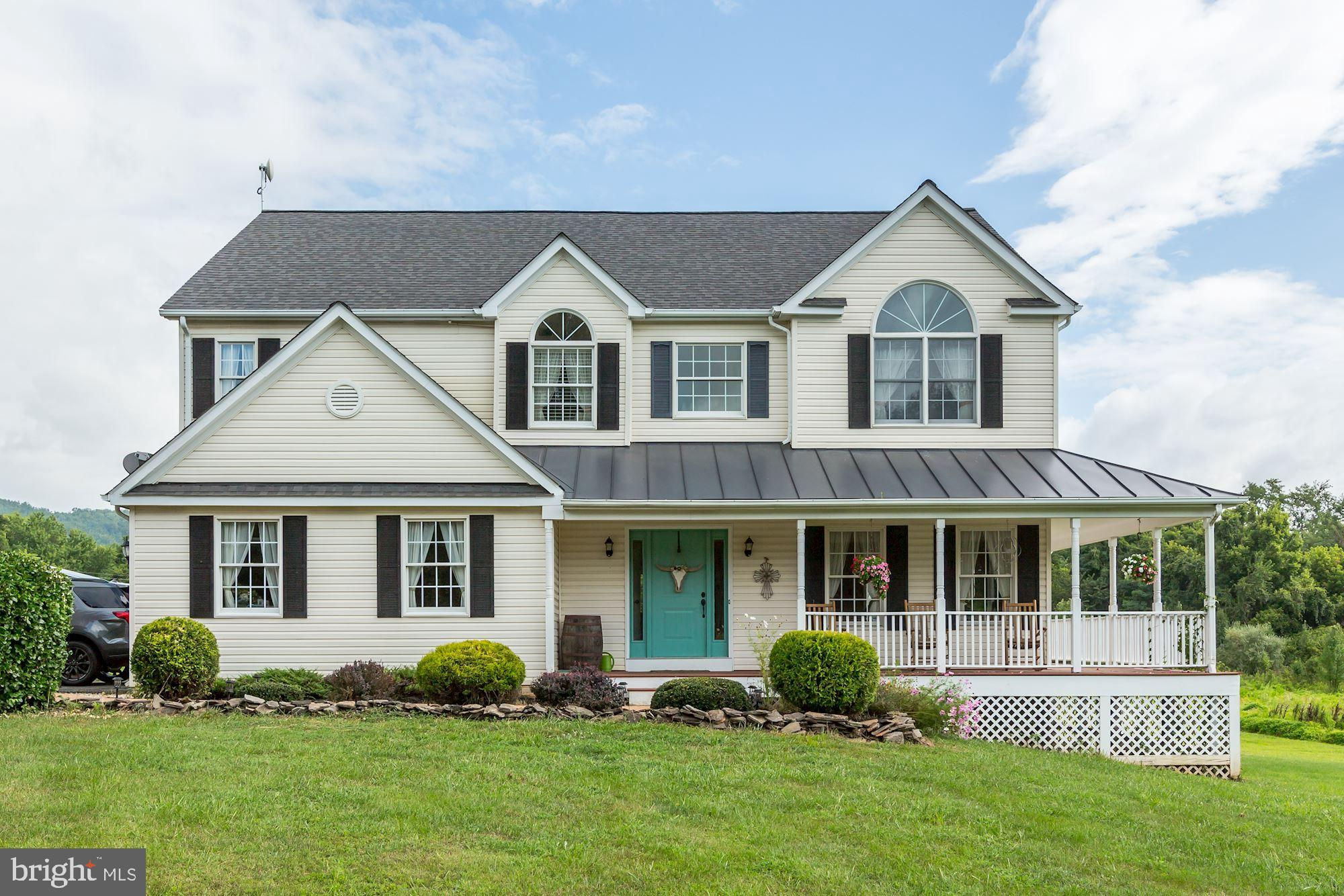 This is farmhouse living personified! Function and style come together seamlessly~in this 4 bedroom,