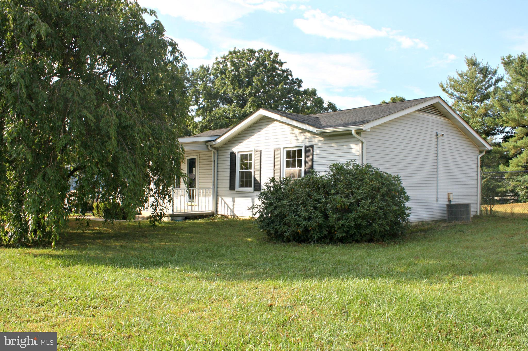 One-level living in Woodbrook subdivision! This move-in ready rancher has been freshly painted and i