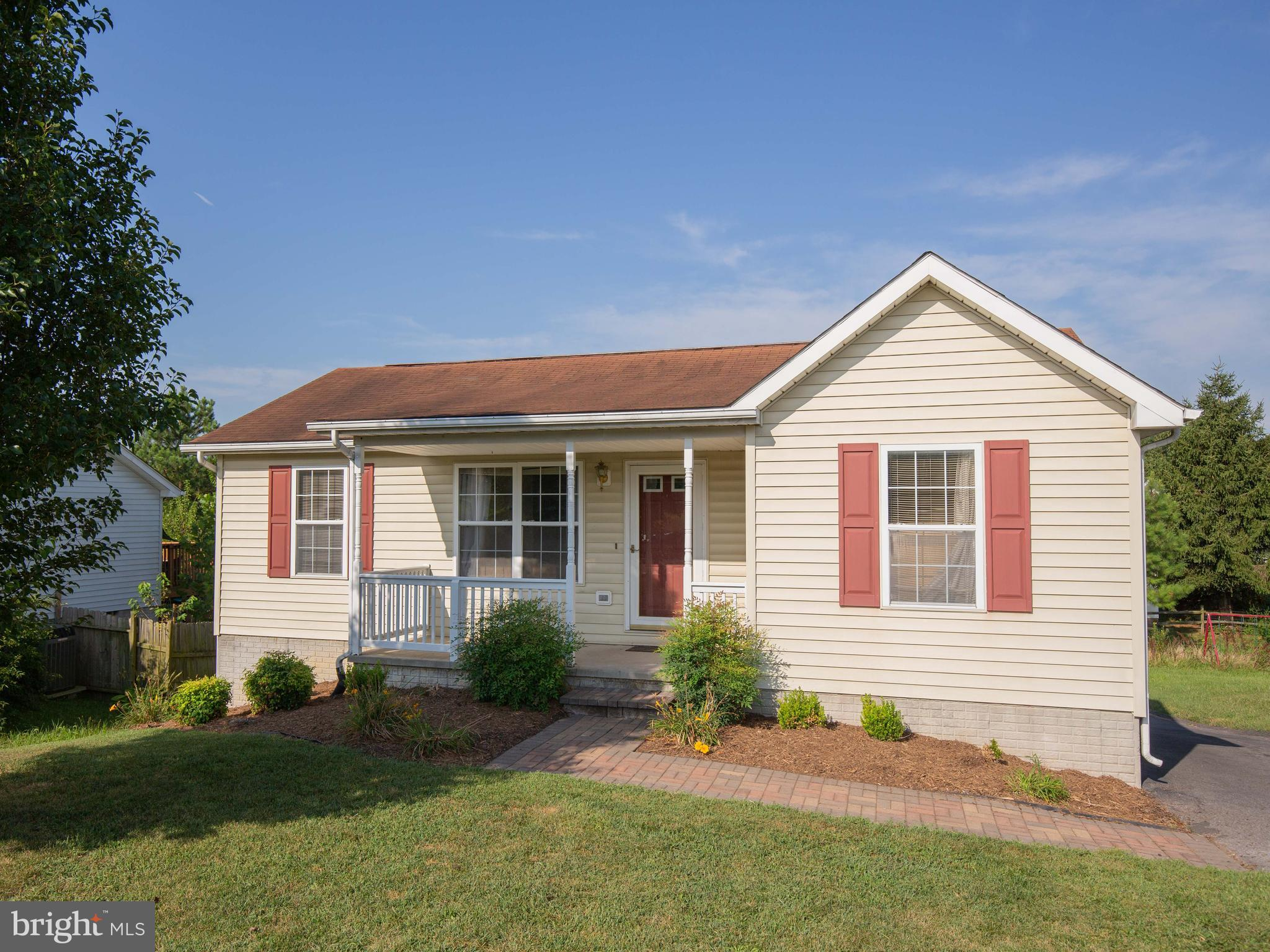 Cute, sunny three-bedroom home just 10 minutes from WVU Medical center/I81 in once direction and 10