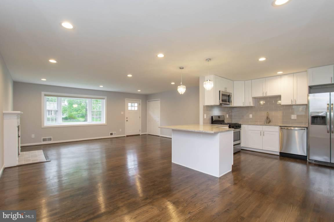 OPEN HOUSE SATURDAY 8/24/19 1-4 pm! PICTURES AND VIDEO ON THE WAY!! WOW!! See this renovated and upd