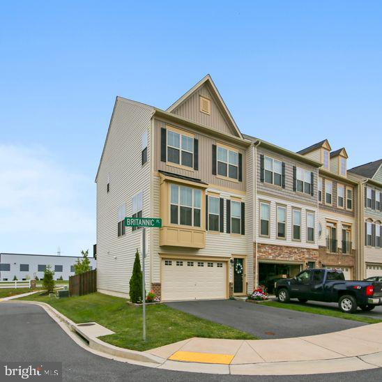 Stunning - You MUST come see this almost new 3 level END UNIT townhome minutes to downtown Frederick
