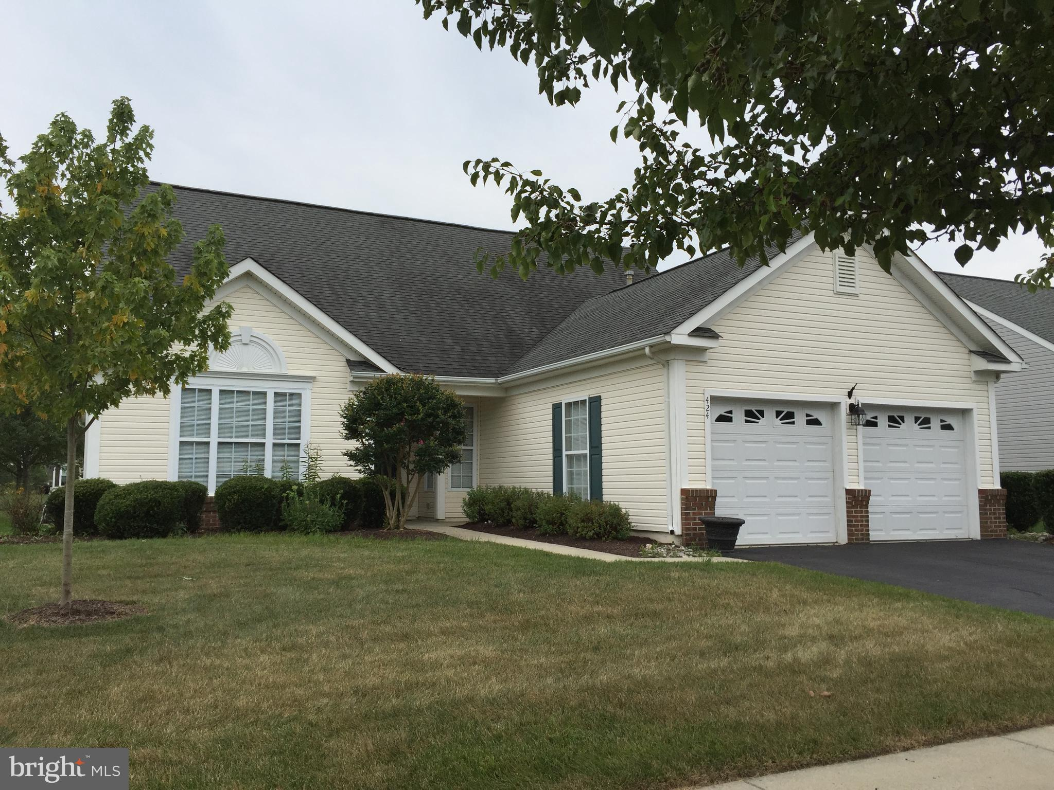 This 3 bedroom, 3 bath home is located in the 55+ Active Adult Community of Springmill, and is move-