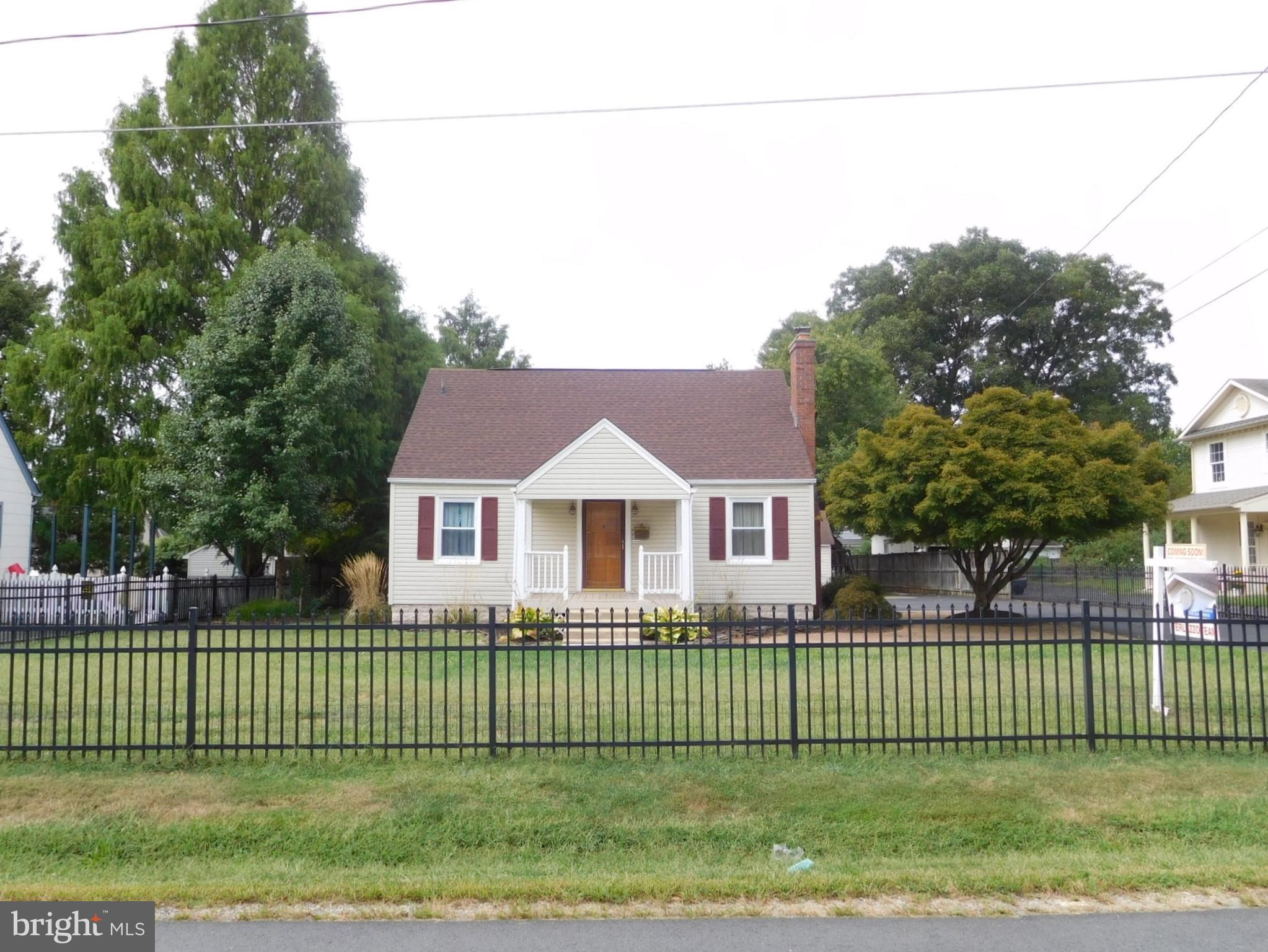 Check out this nicely updated Cape Cod, conveniently located just off of Occoquan Road in Woodbridge