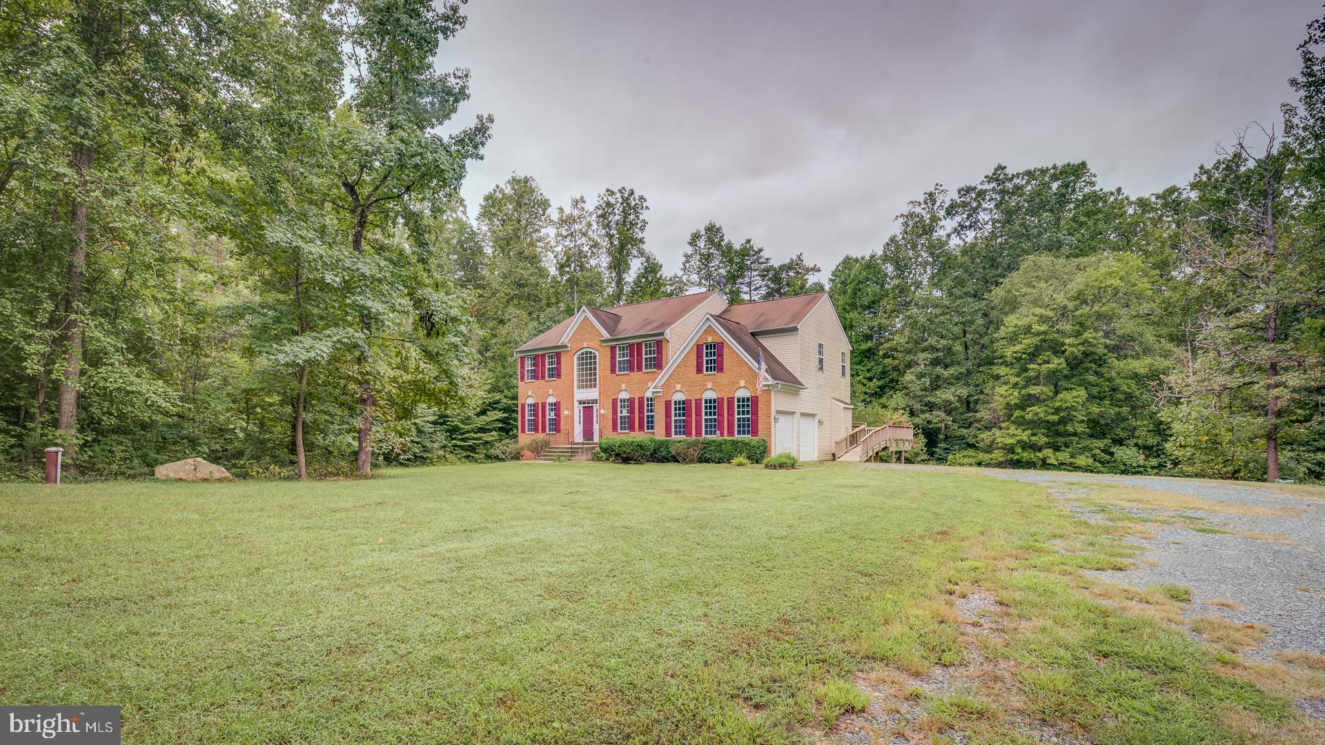 Here's your chance to own a single-Family Home in Stafford County. Very Private Setting on 3 acres y
