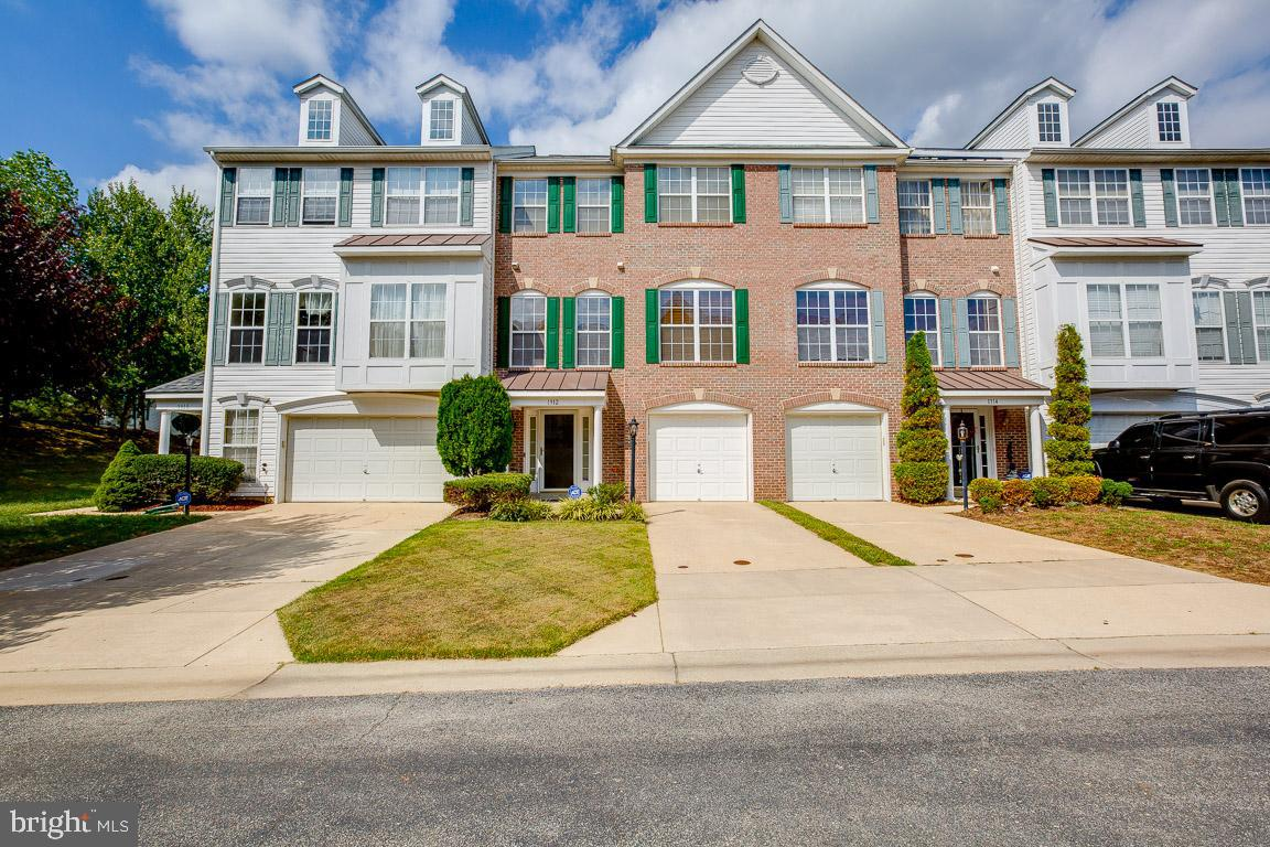Minutes to Beltway! Proudly own this well maintained 3 BR, 3.5 BA townhouse! Features: Master Bedroo