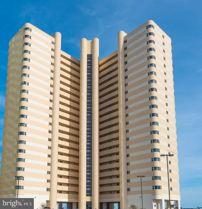 Looking for Direct Ocean Front Dream?  This is it!  Enjoy Coastal Living at the Atlantis.  Direct Oc