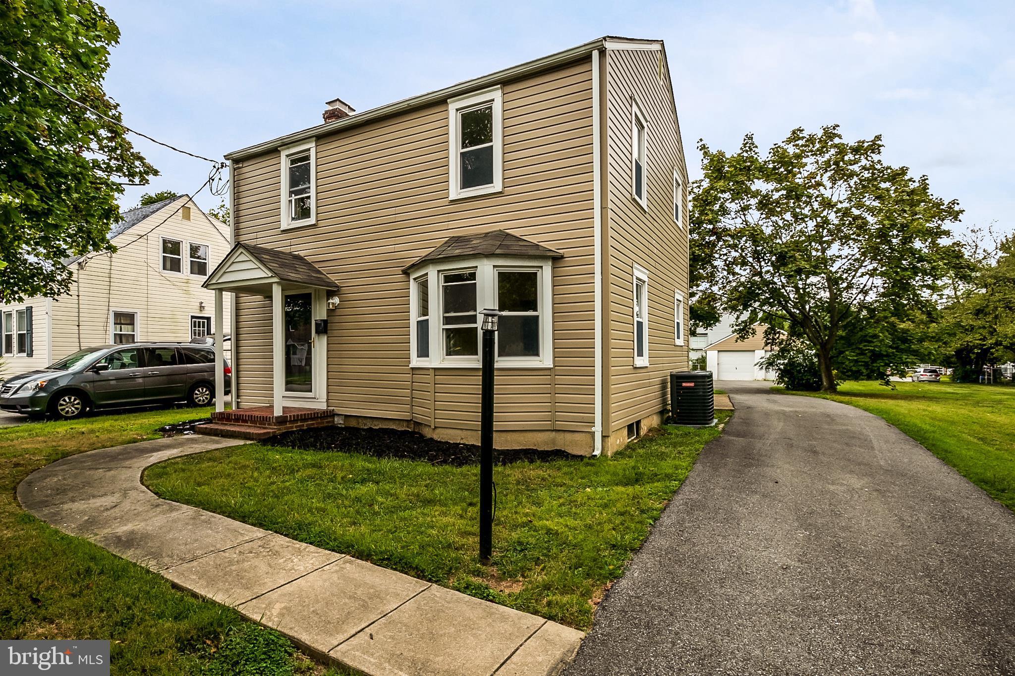 Located in the heart of Claymont and convenient to everything, this detached two story home has been