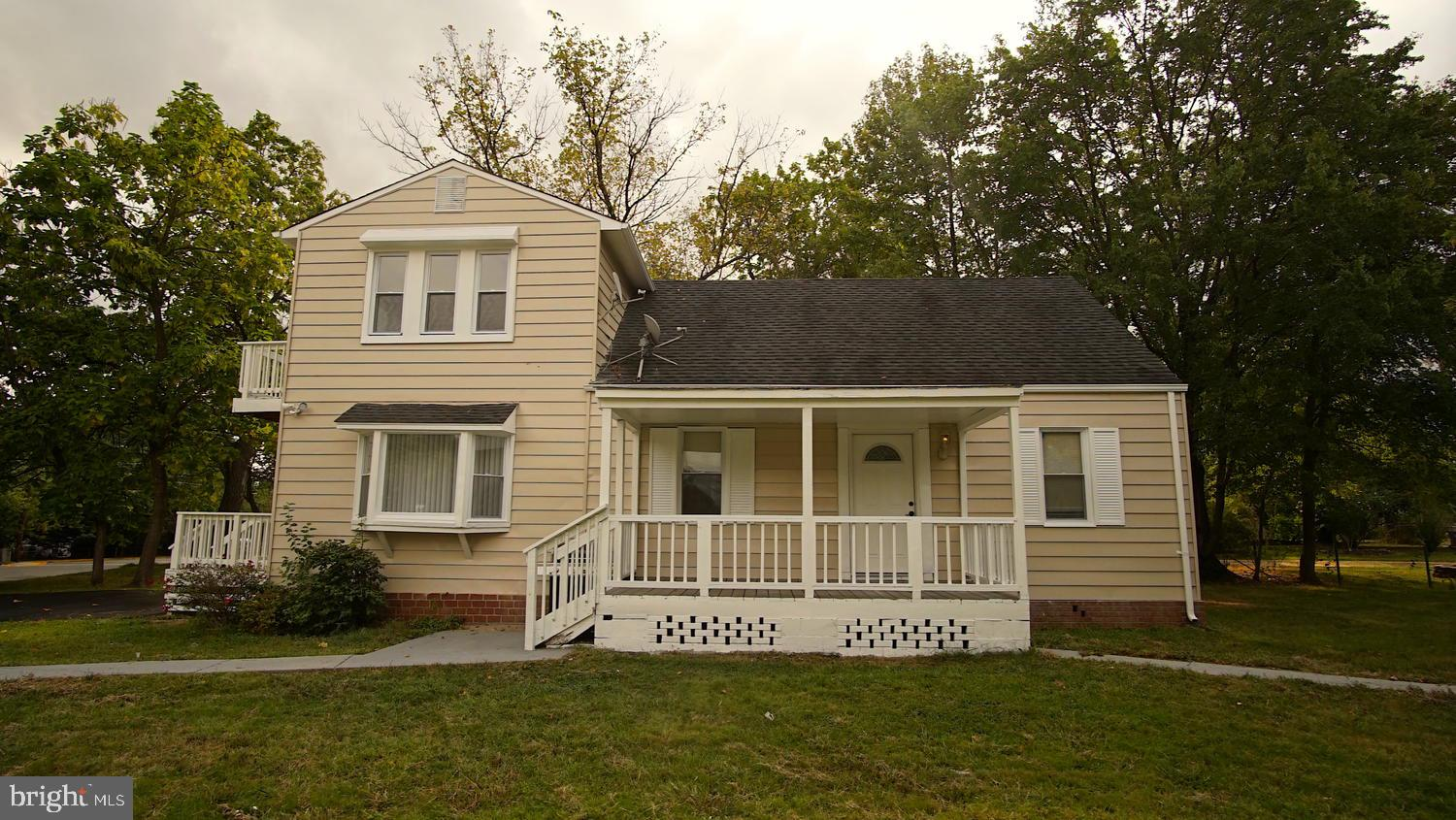 Gorgeously remodeled 5 bedrooms 3.5 baths single-family home on a corner lot. It features: New windo