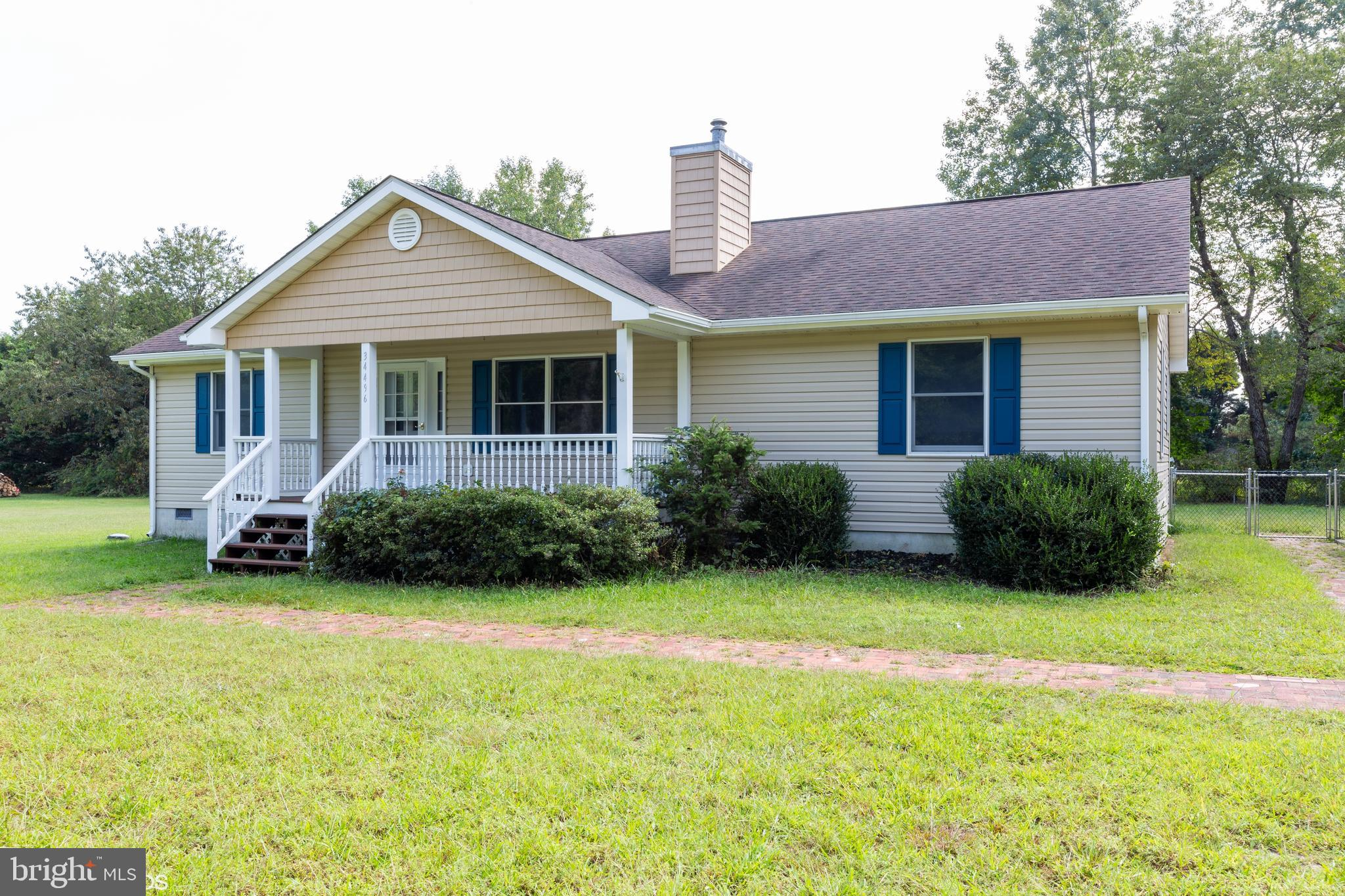 Charming and Move in Ready 3 Bedroom 2 Bath Home located just 5 Miles to Bethany Beach.  Home recent