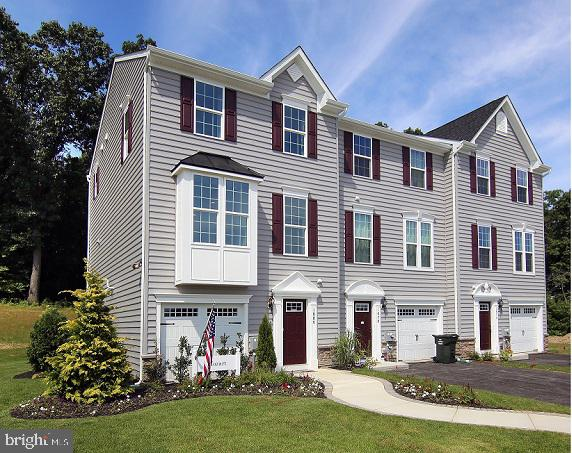 *QUICK MOVE IN * DECEMBER DELIVERY* Mozart w/ Garage at Potomac Station. $5,700 in Closing Costs pai