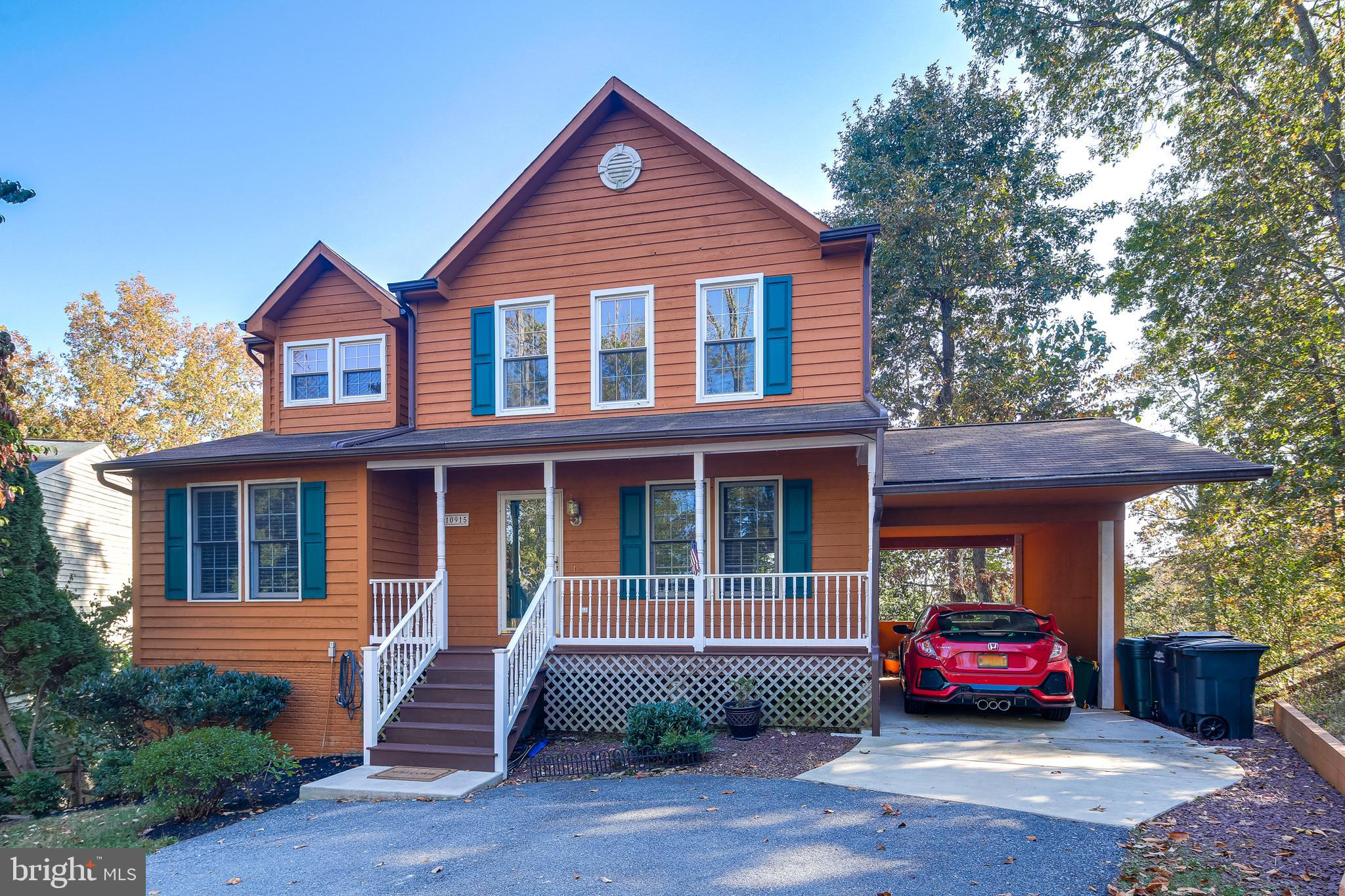 Tucked away on a cul-de-sac in the established community of Pinehurst at Lake Linganore, you will lo