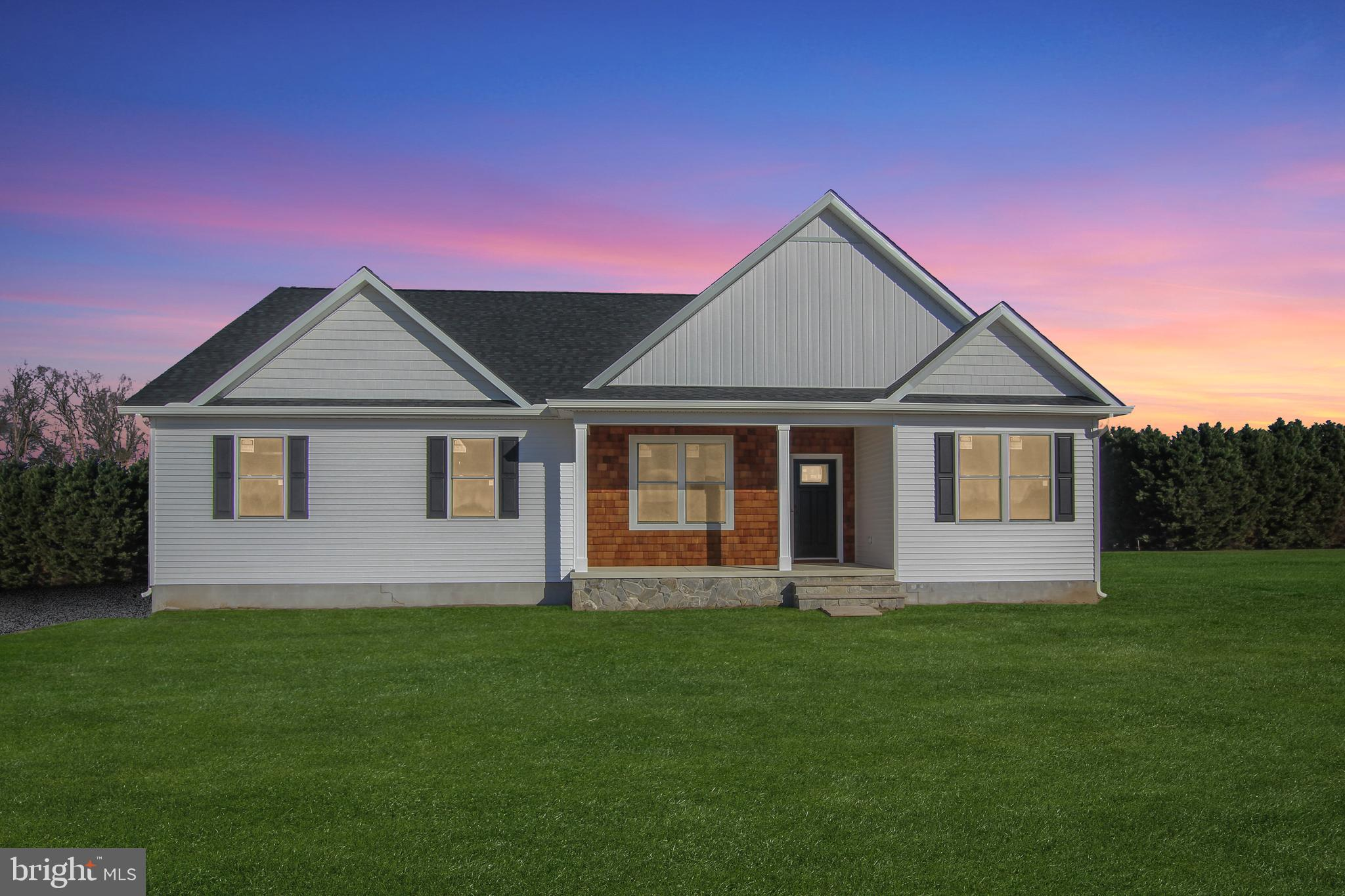 Beautiful New Construction located on a 3/4 acre lot in Green Briar. Home is just over 1,800 sq. ft.