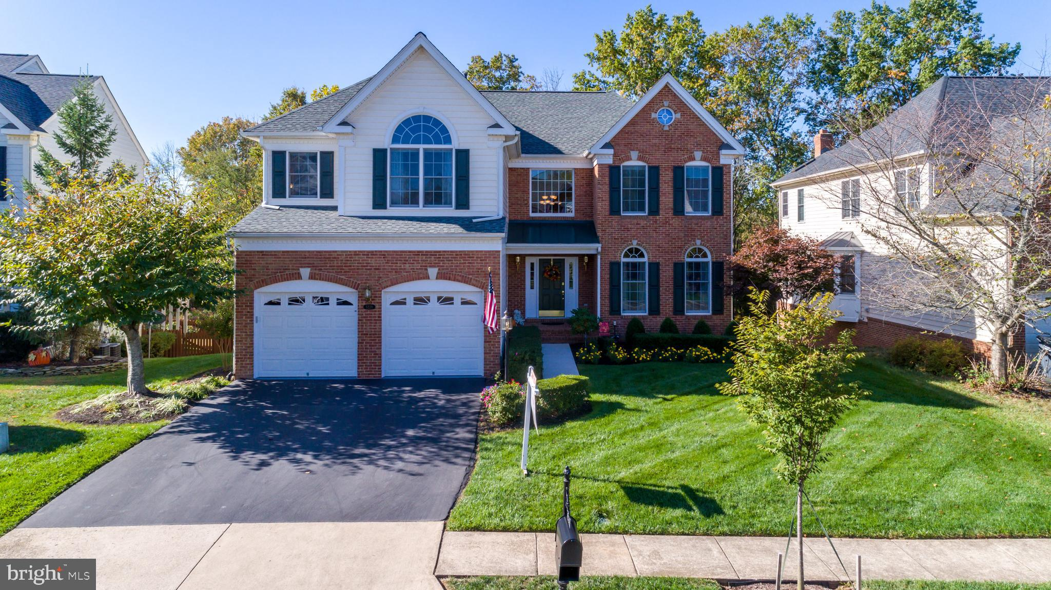 Immaculate Richmond Model by Toll Bros*Located on a cul de sac backing to trees*Custom Upgrades Thro