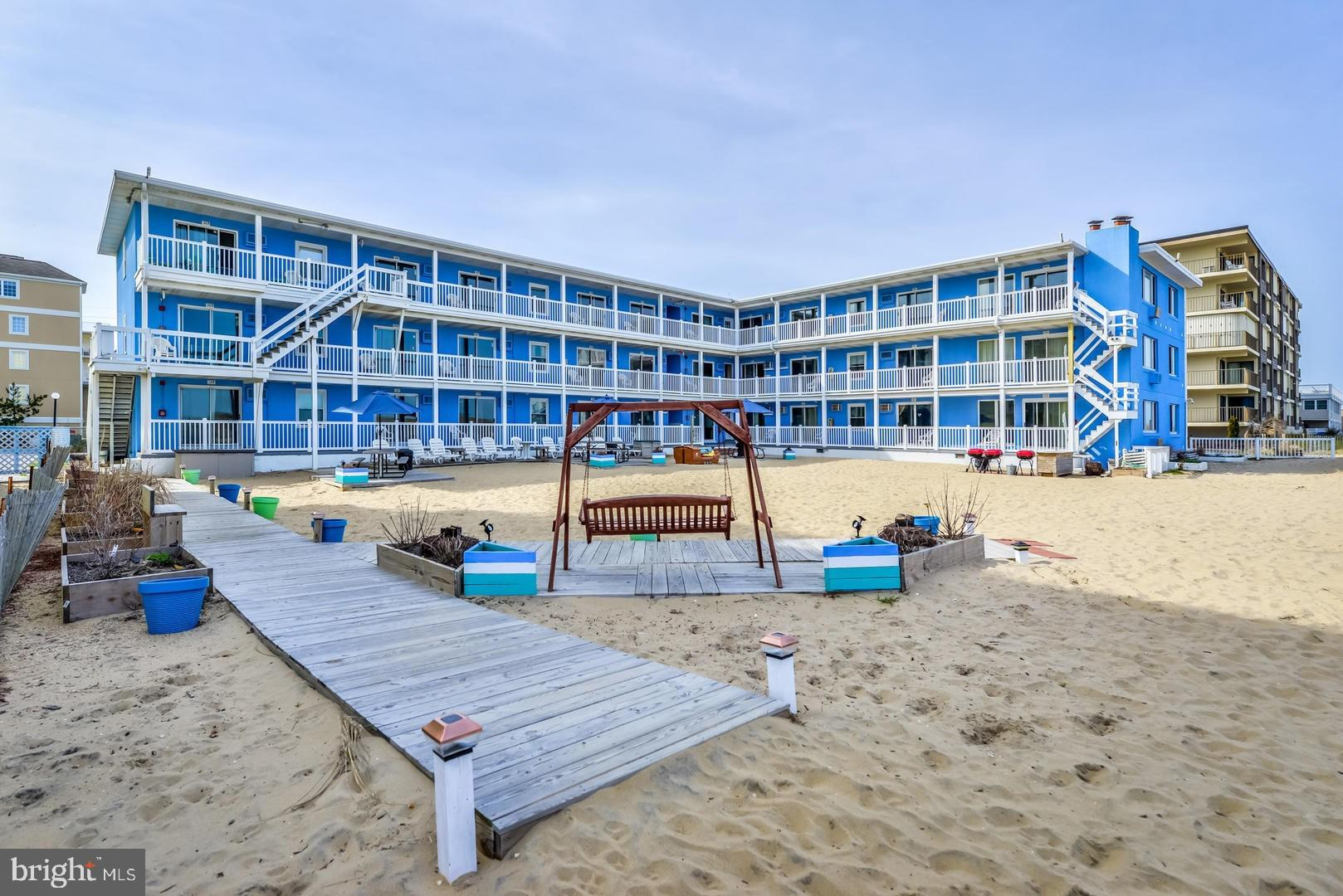 Are you looking to live right on the beach in Ocean City, Maryland?! This unit is for YOU! 1 bed, 1
