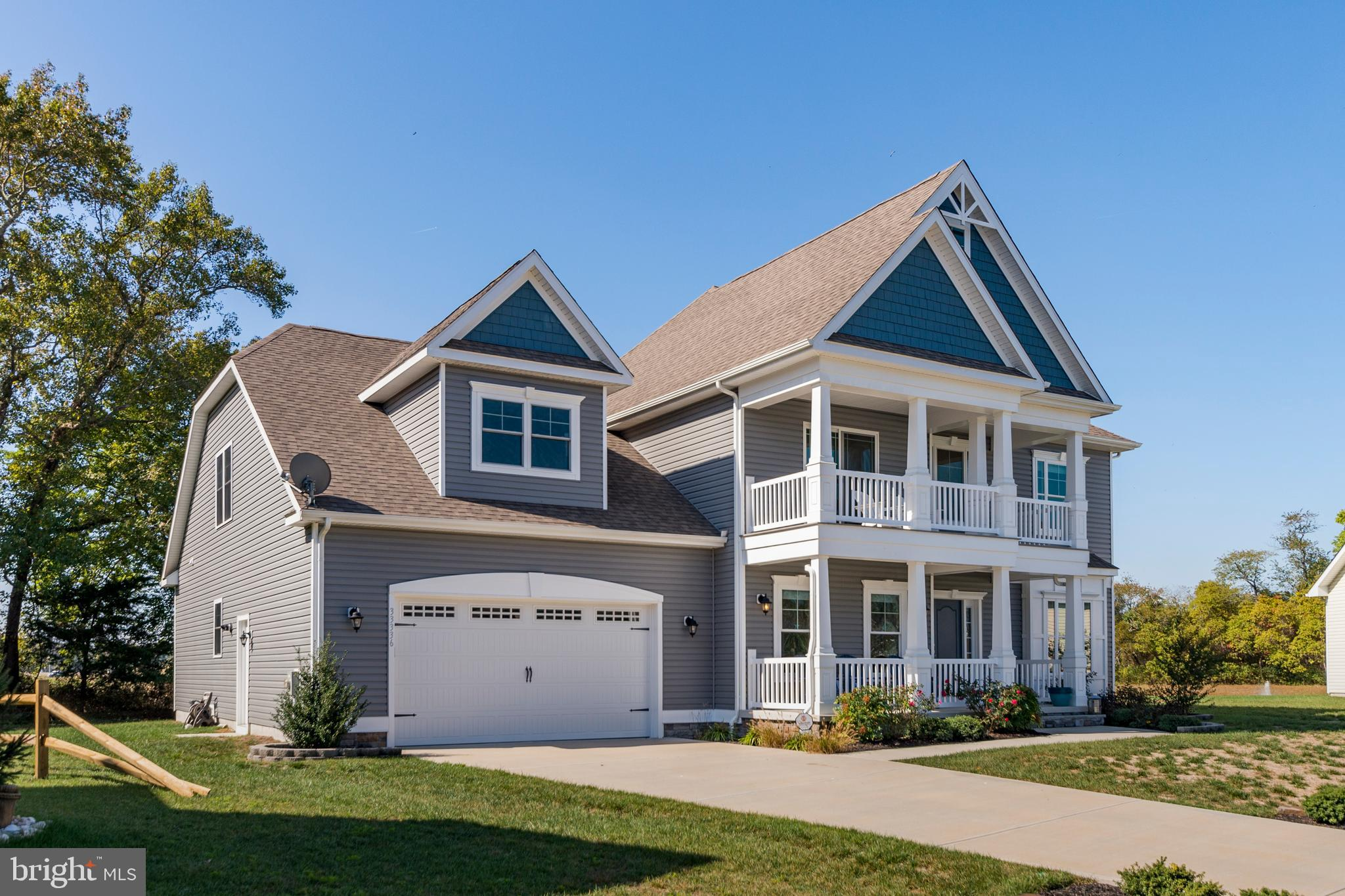 Spacious and beautiful home in the desirable community of The Woodlands at Bethany. Why wait to buil