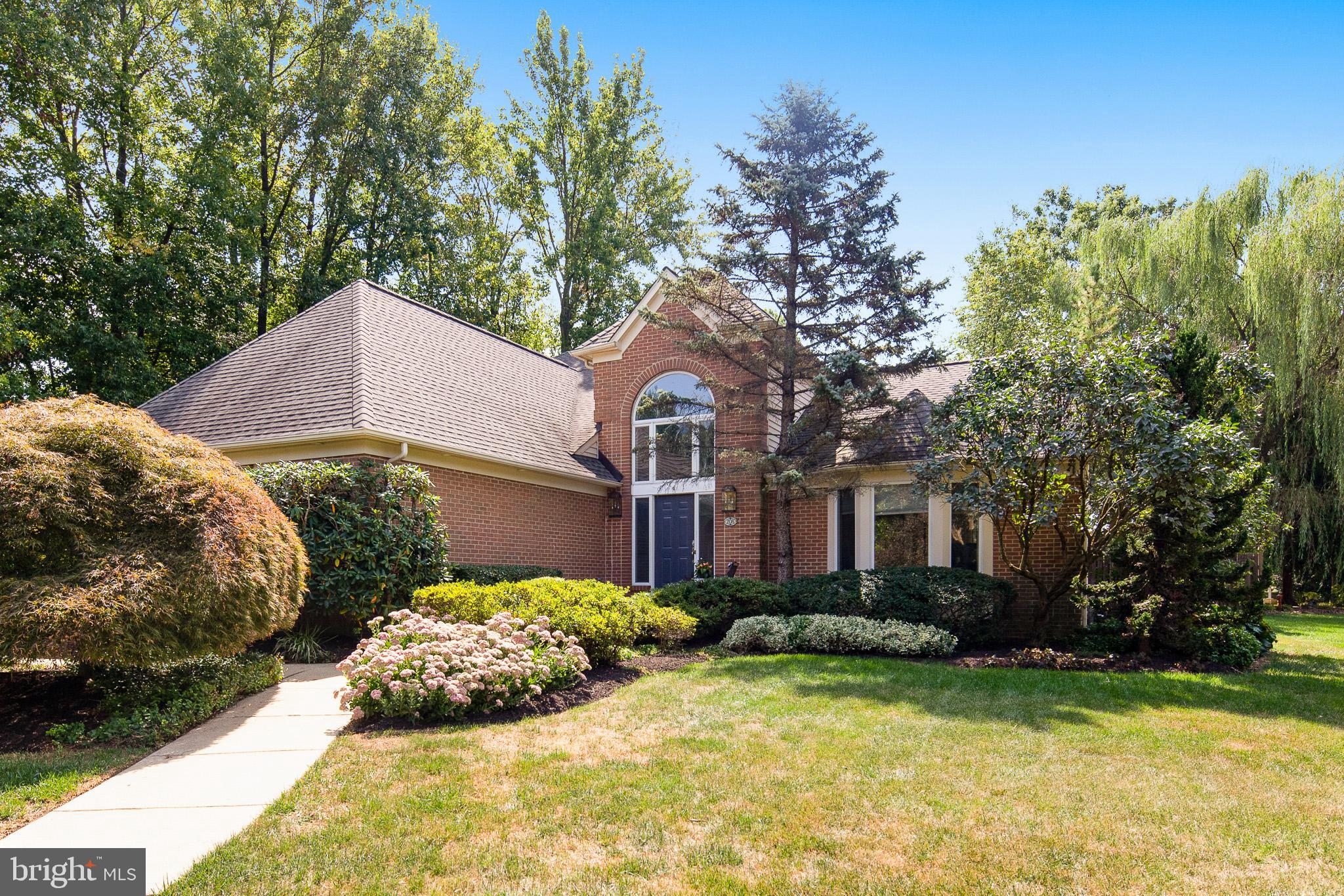 This 4 bedroom 3.5 bathroom brick first floor master has everything in a neighborhood that has had e