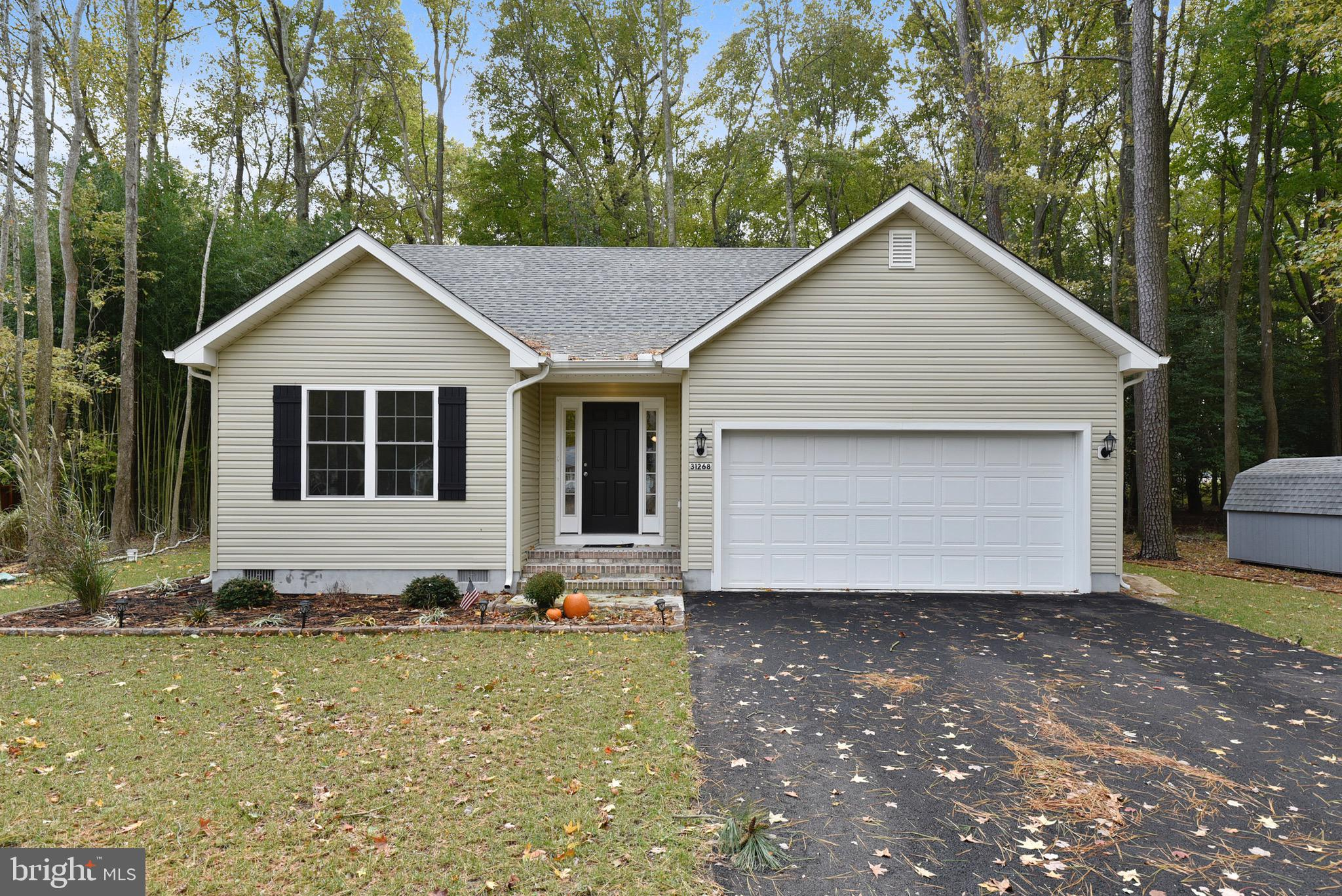 Beautiful 3 bedroom, 2 bath home just completed in 2018!  Located on a private, wooded lot, this hom