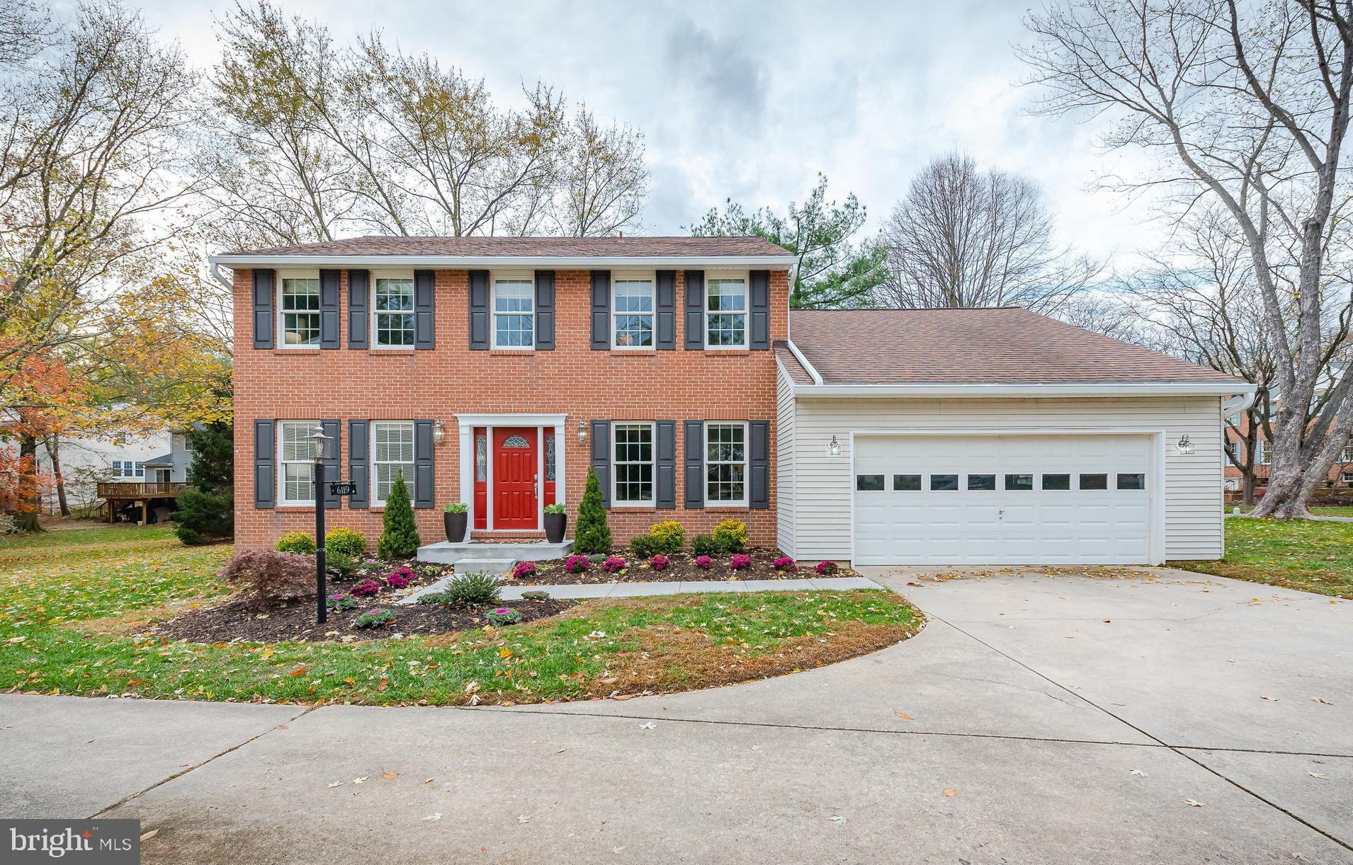 Brick front home perfectly set on a cul-de-sac in the Village of Long Reach is upgraded and move-in