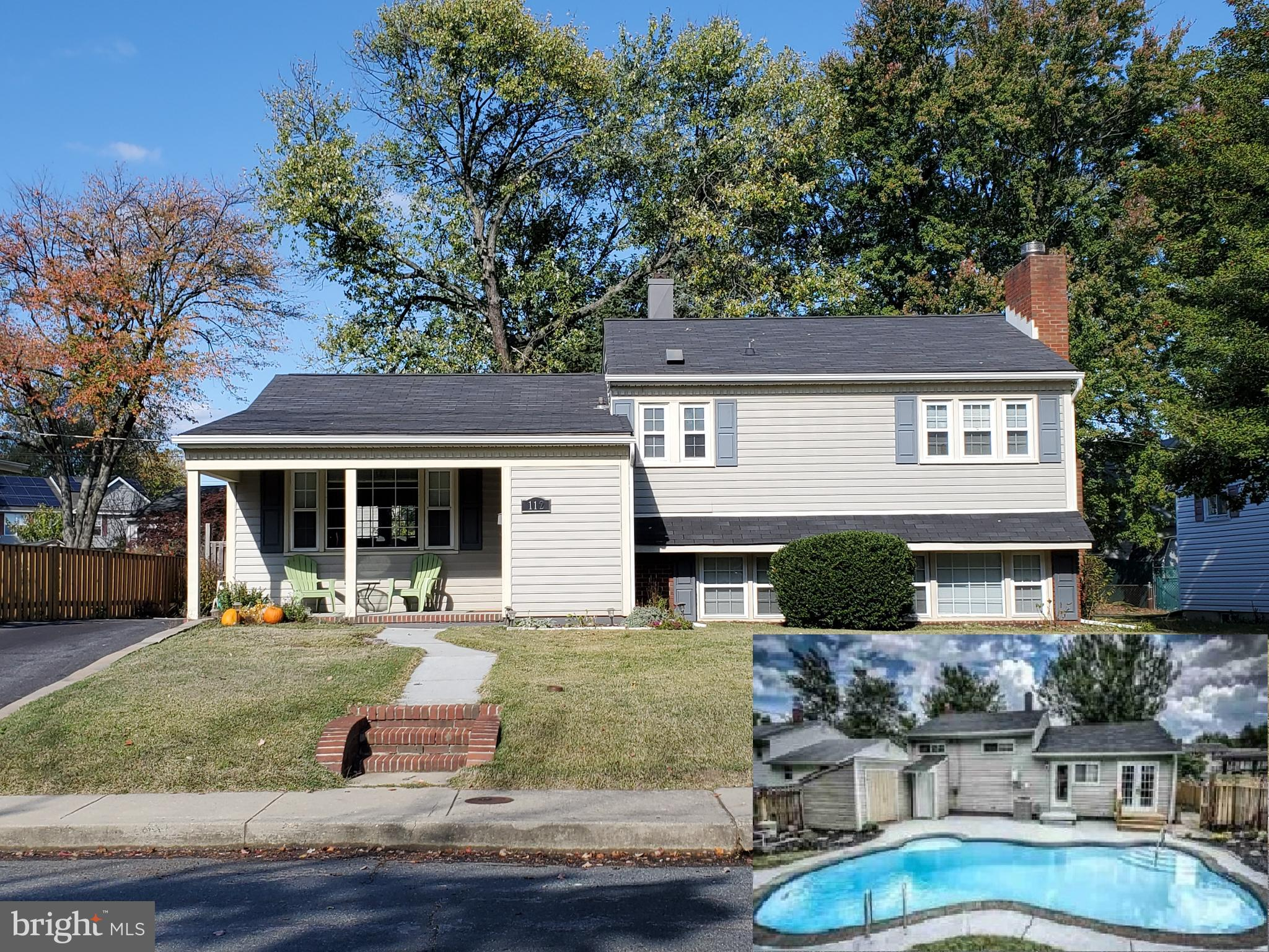 Beautifully Updated w/Open Floor plan! Built in Pool w/Newer Cover and Pool Motor, Hardwood Floors L