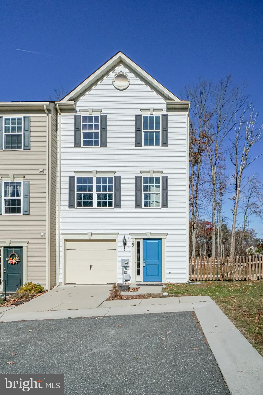 Welcome home to this three story, end unit town home in the beautiful Chesapeake Club.  Fully finish
