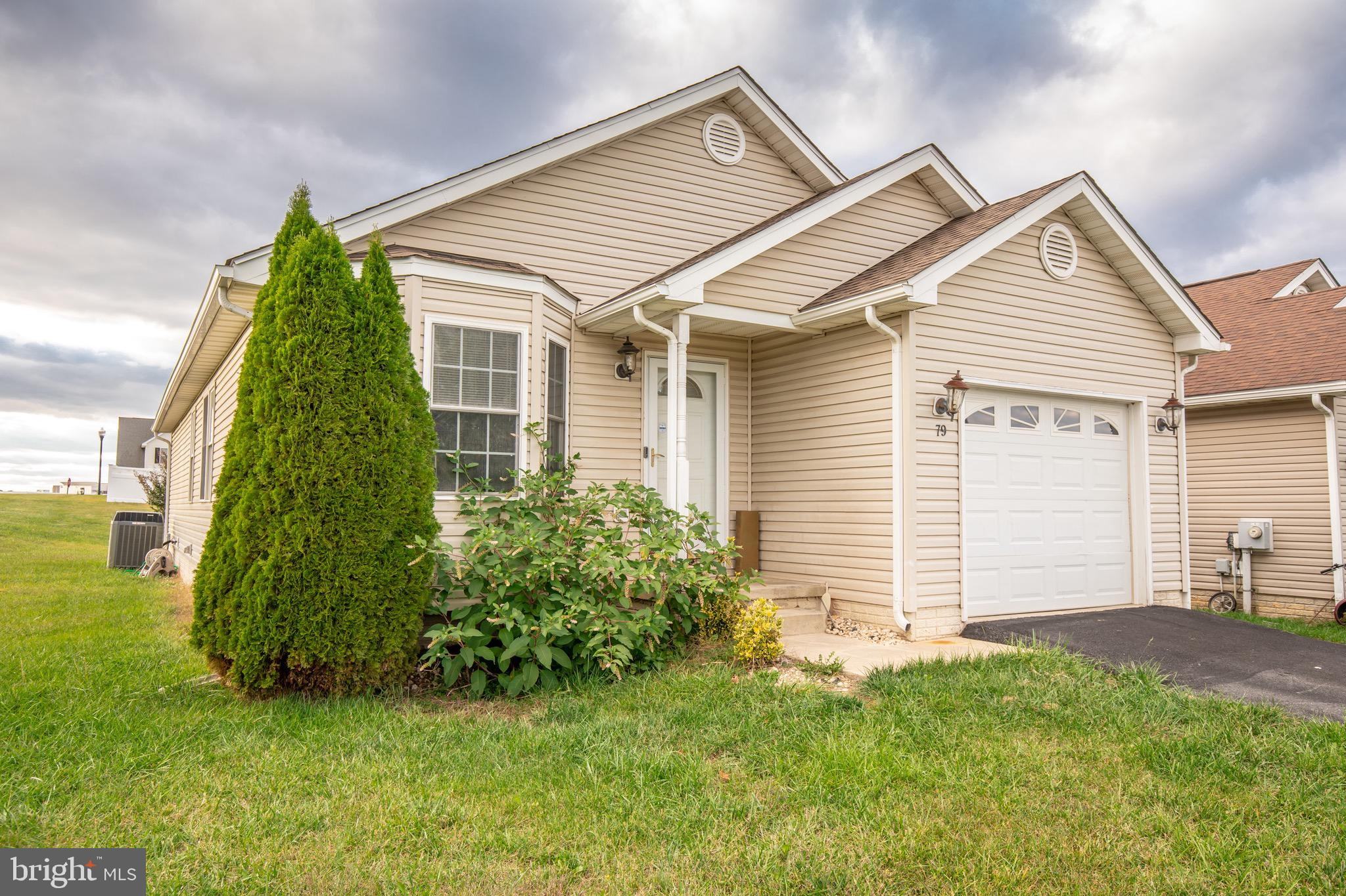 Lots of potential in a very convenient location.   Home offers 3 Bd 3 Ba Rancher in Briar Run Estate