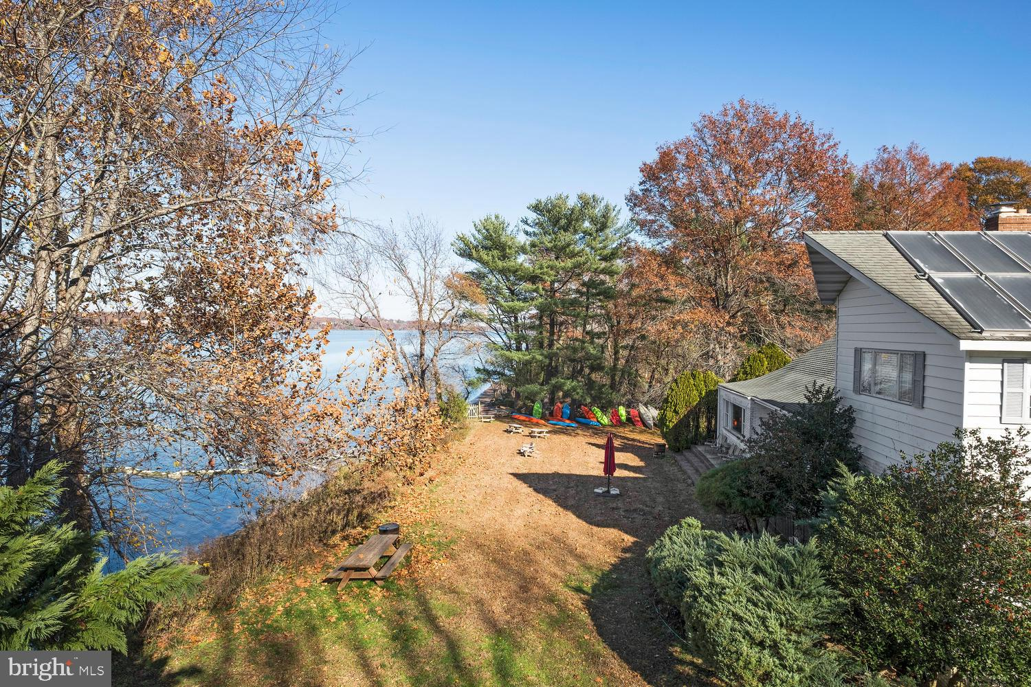 Cataway, as many in the Washington area call it, is a 13-acre secluded estate on the Potomac River c