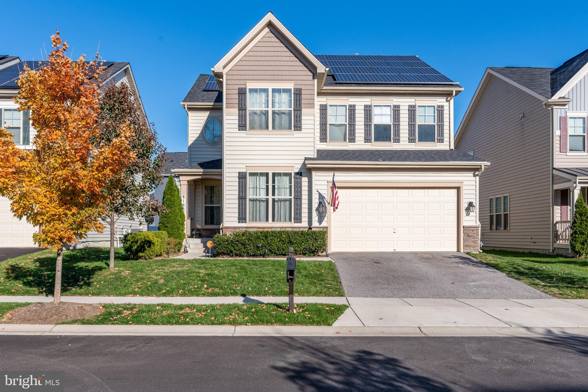 WELCOME TO YOUR DREAM HOME! Gorgeous does not even begin to describe this OPEN CONCEPT home that has