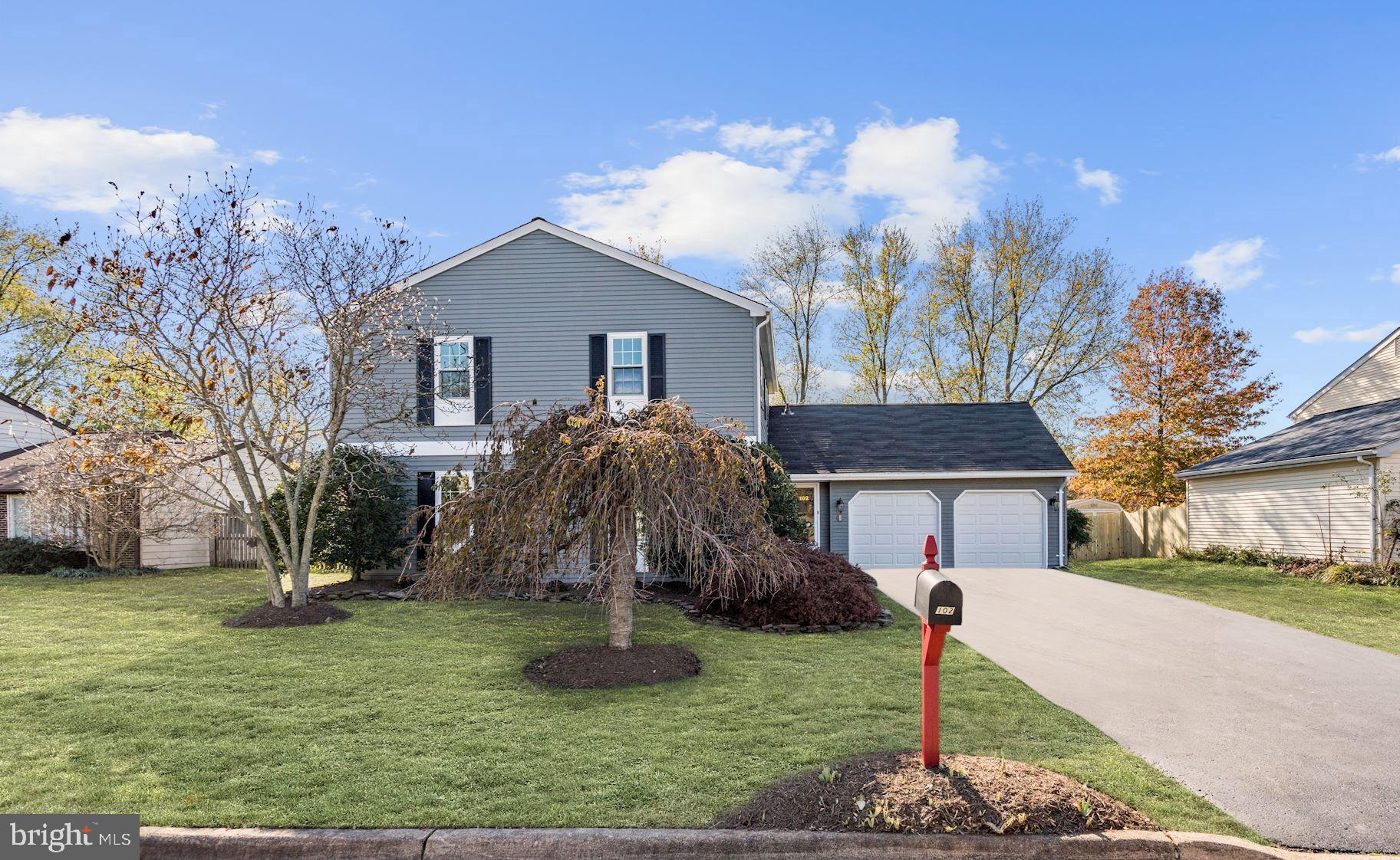IMPECCABLE HOME!  NEW interior two tone paint(2018).  NEW carpet(2018). NEW renovated master bath(20