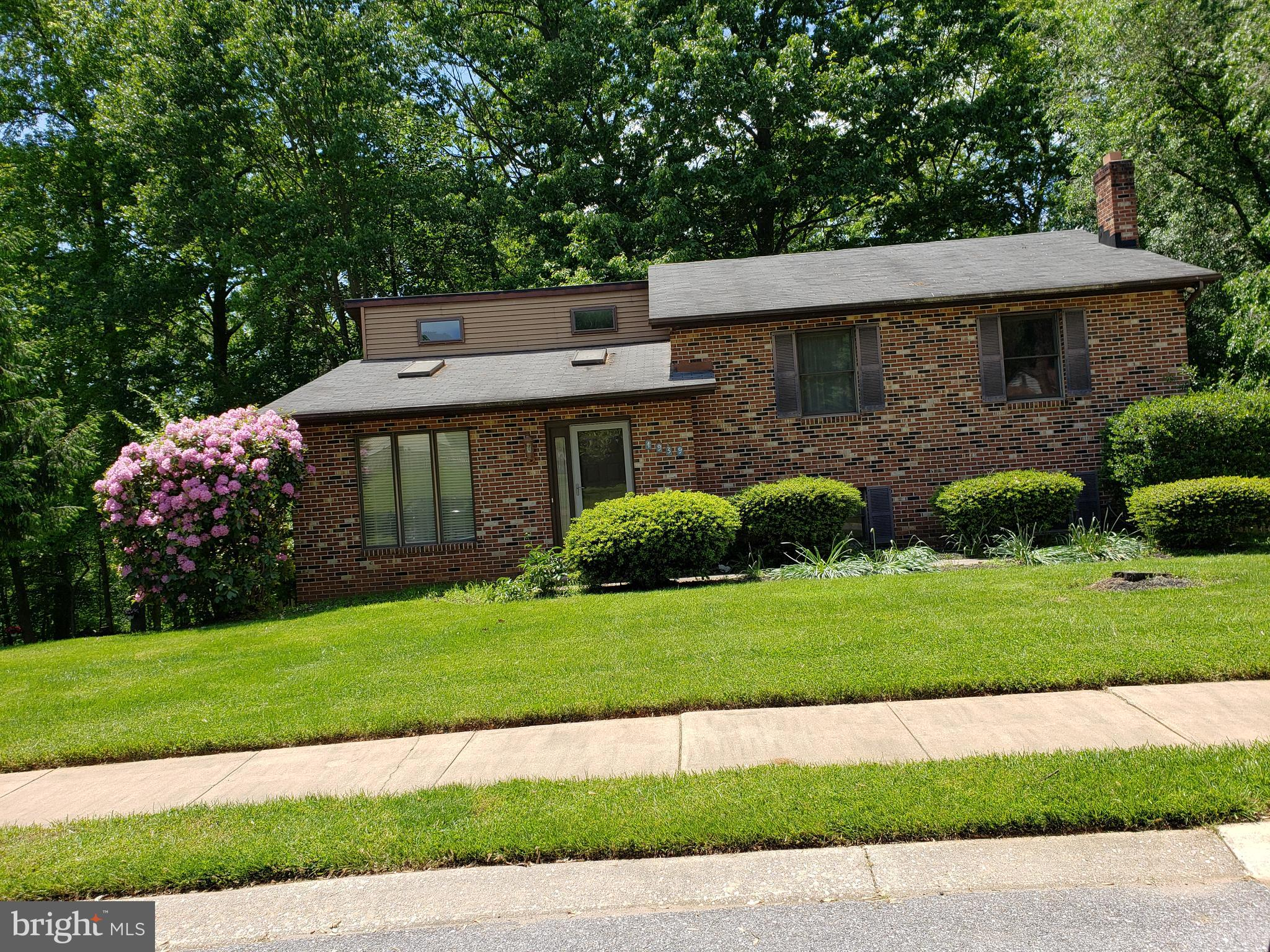 Beautiful four level home in Eldersburg.  Open concept with spectacular kitchen - so many cabinets.