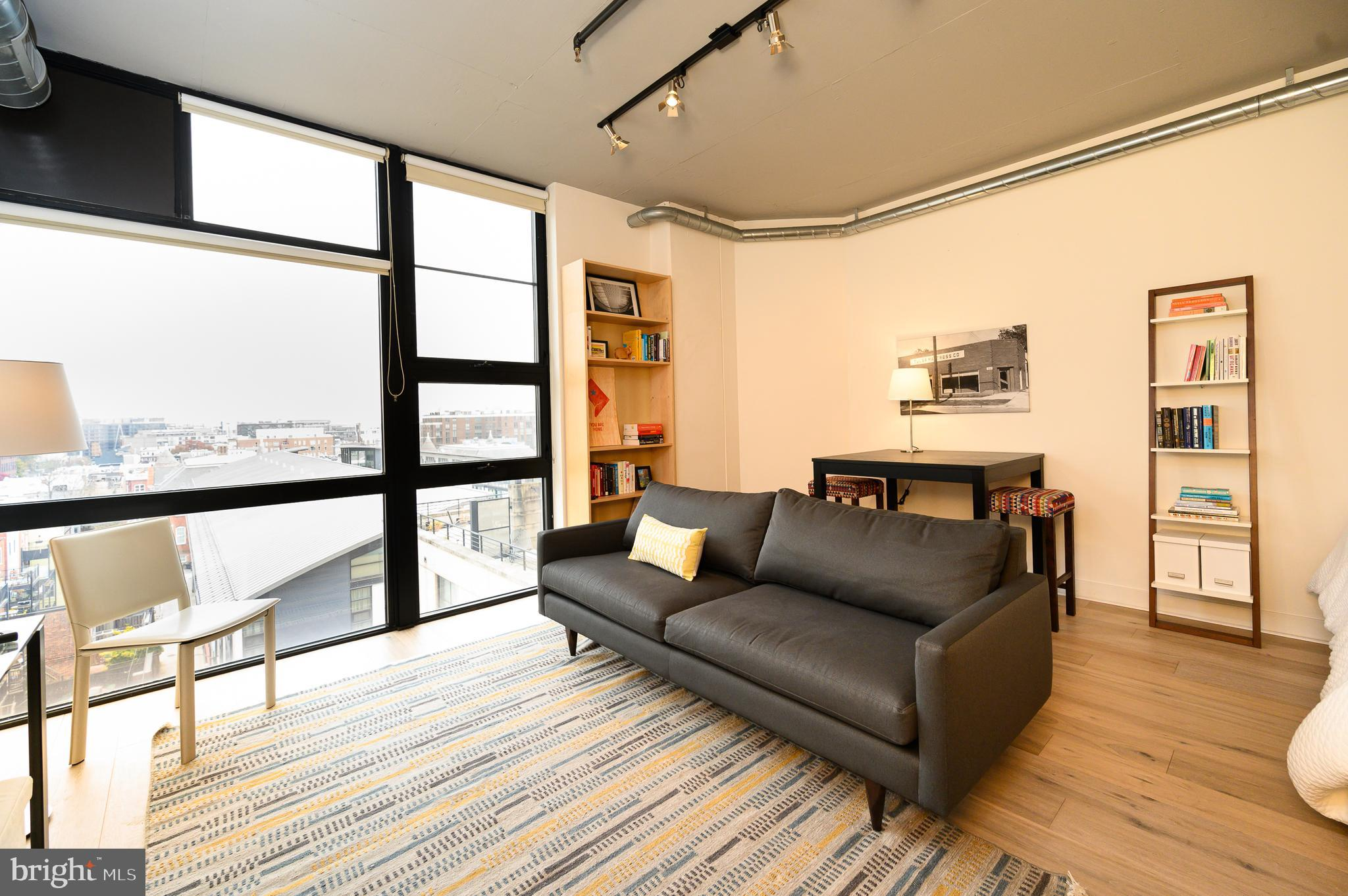 Chic, sweet studio condo in the Flats at Union Row.  Open concept 500 + sq ft unit full of everythin