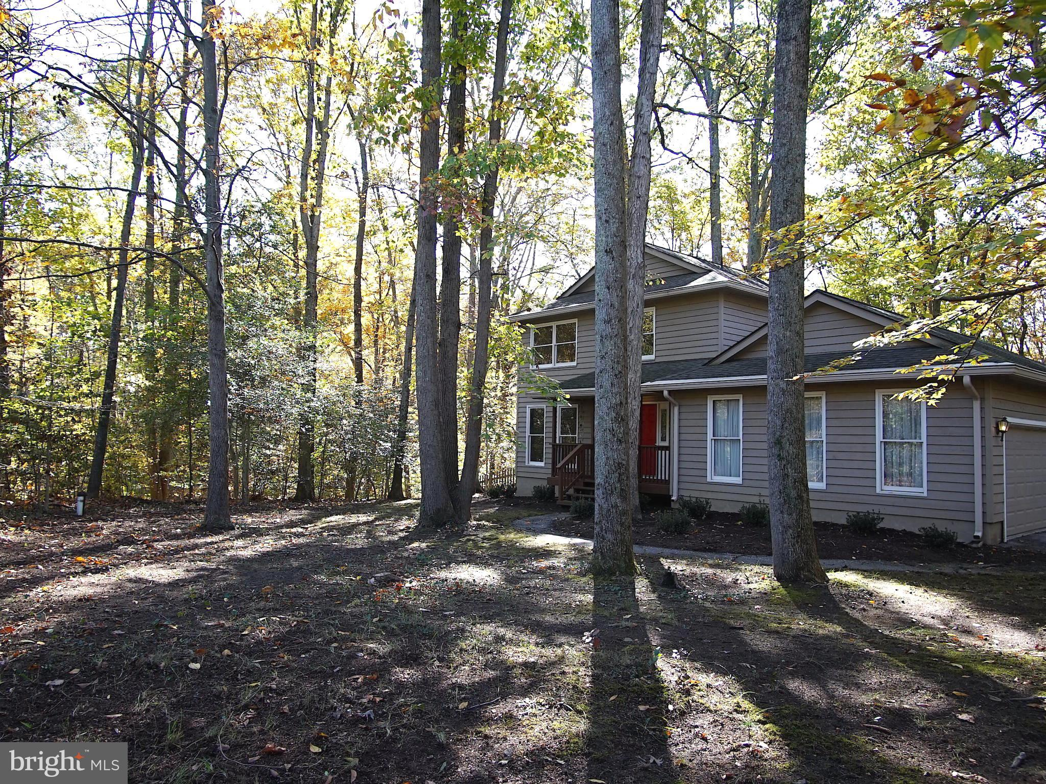 Great opportunity under 500k in popular community of Gingerville Woods--just minutes to shopping, Rt