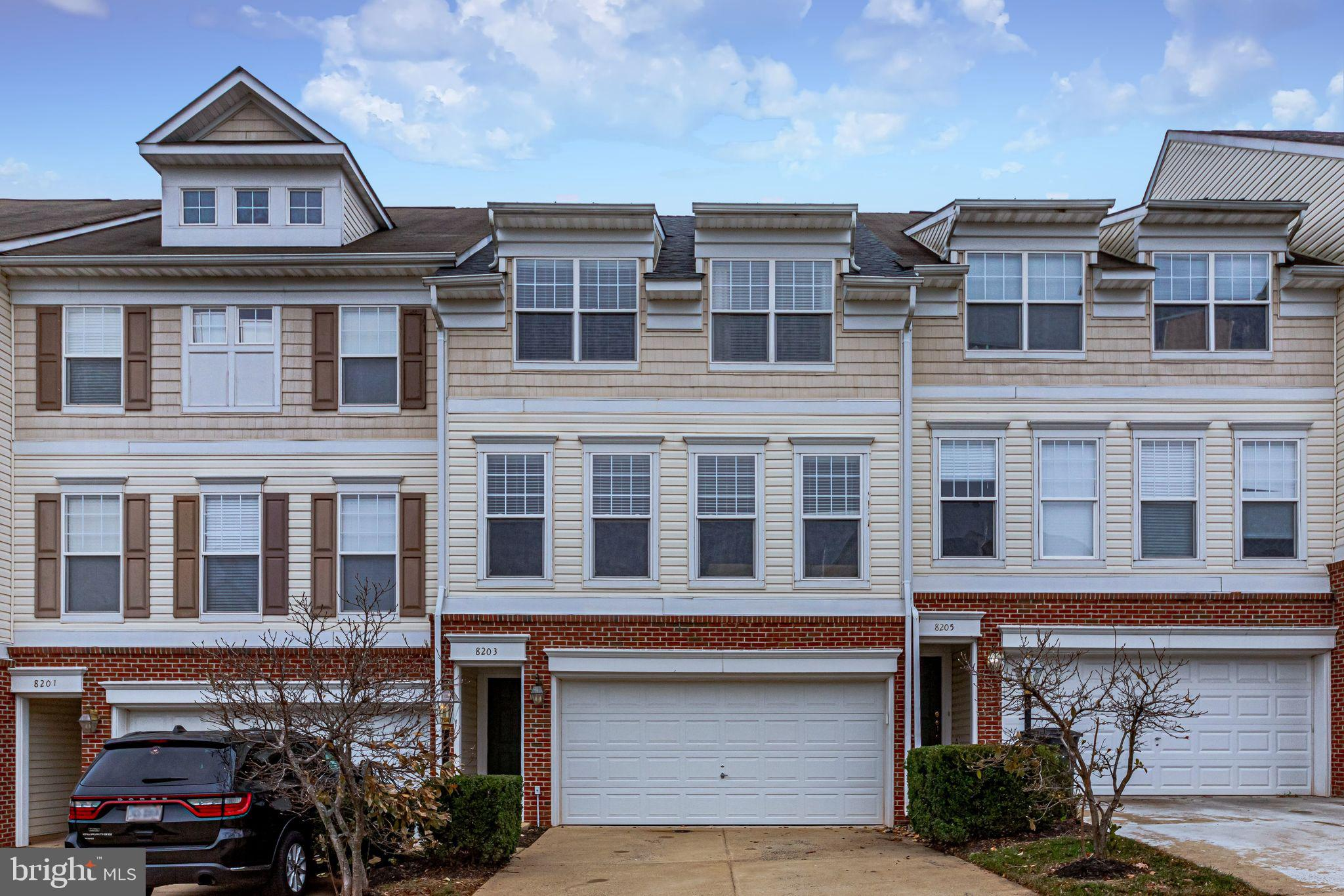 A must see! Meticulously maintained Townhome in sought after Blooms Mill community. Original Owner.