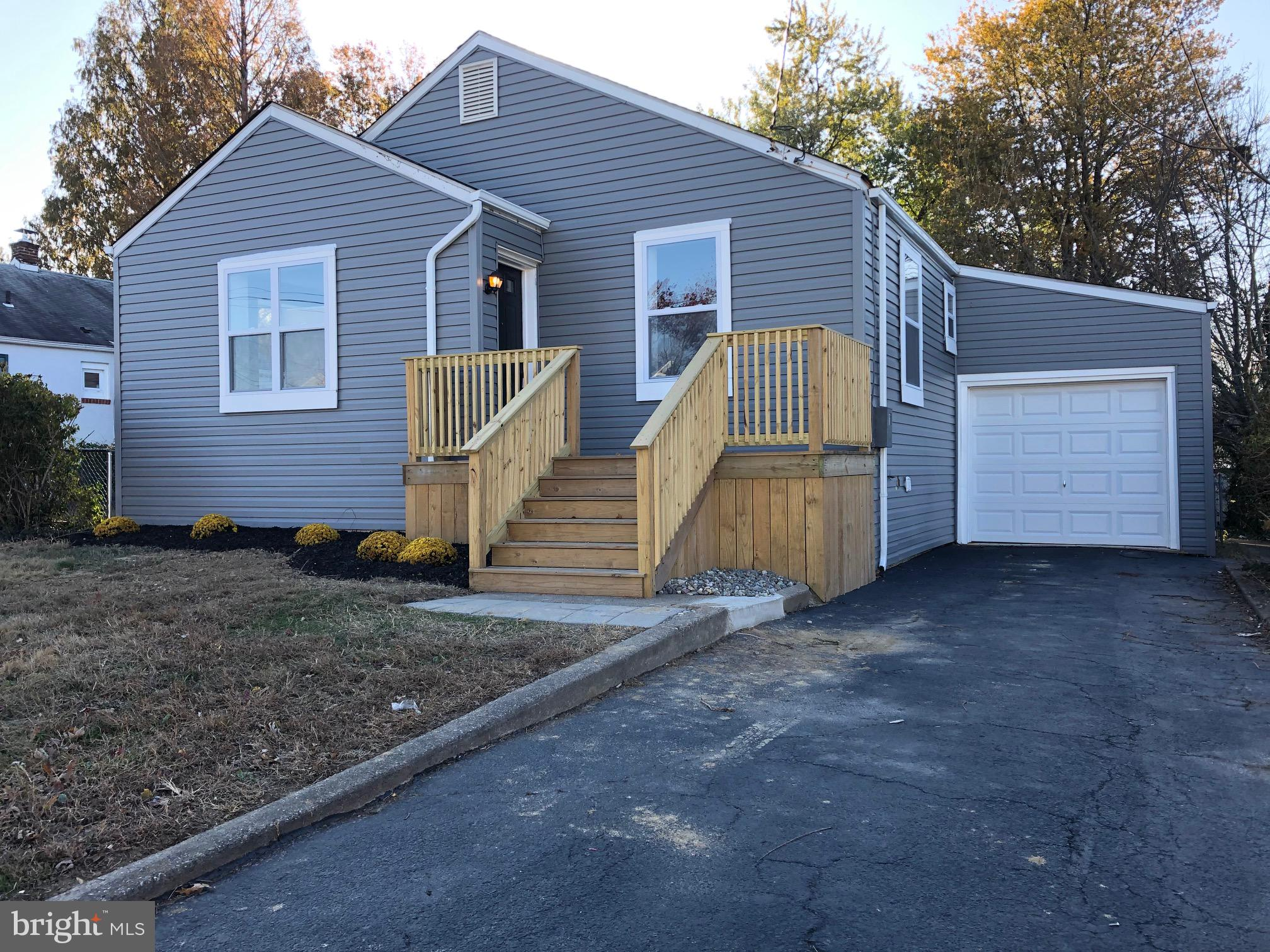 Check out this freshly renovated 3 bedroom, 2 bath, 1 car garage home! Starting outside the home has