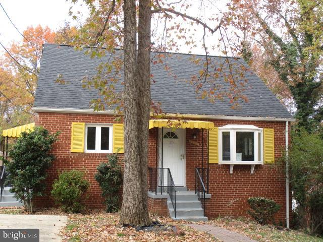 LOVELY 4 BEDROOM, 2 BATH CAPE COD WITH NEW ROOF, HVAC, FLOORING  AND PAINT, UPDATED BATHS, NEW KITCH