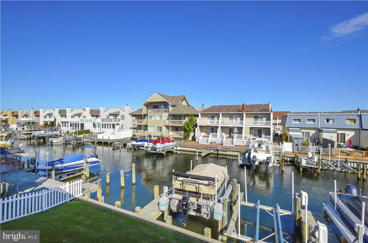 Waterfront 3BR/2BA condo with deeded boat slip hits the market! As you walk in the front door you wi