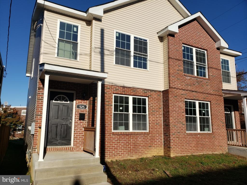 Brand new city of Wilmington townhome. Located in the desirable Little Italy section. Hurry, these w