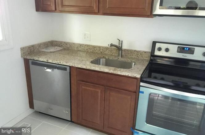 Fully renovated  10 bedrooms, 3 full baths. Beautiful house with large backyard, close to DC . All n