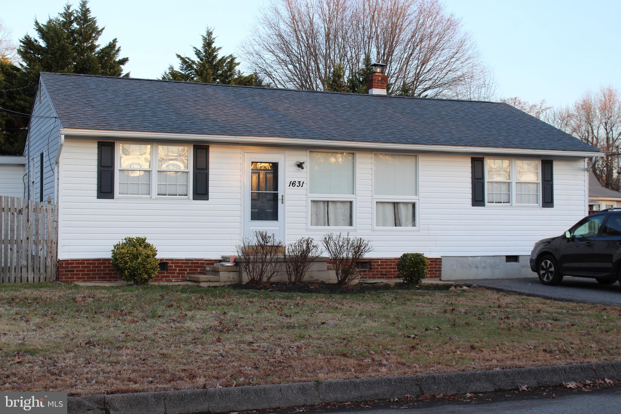 Well maintained rambler in Woodland Beach.  Large , nearly 1/4 acre,  level lot with privacy fence.