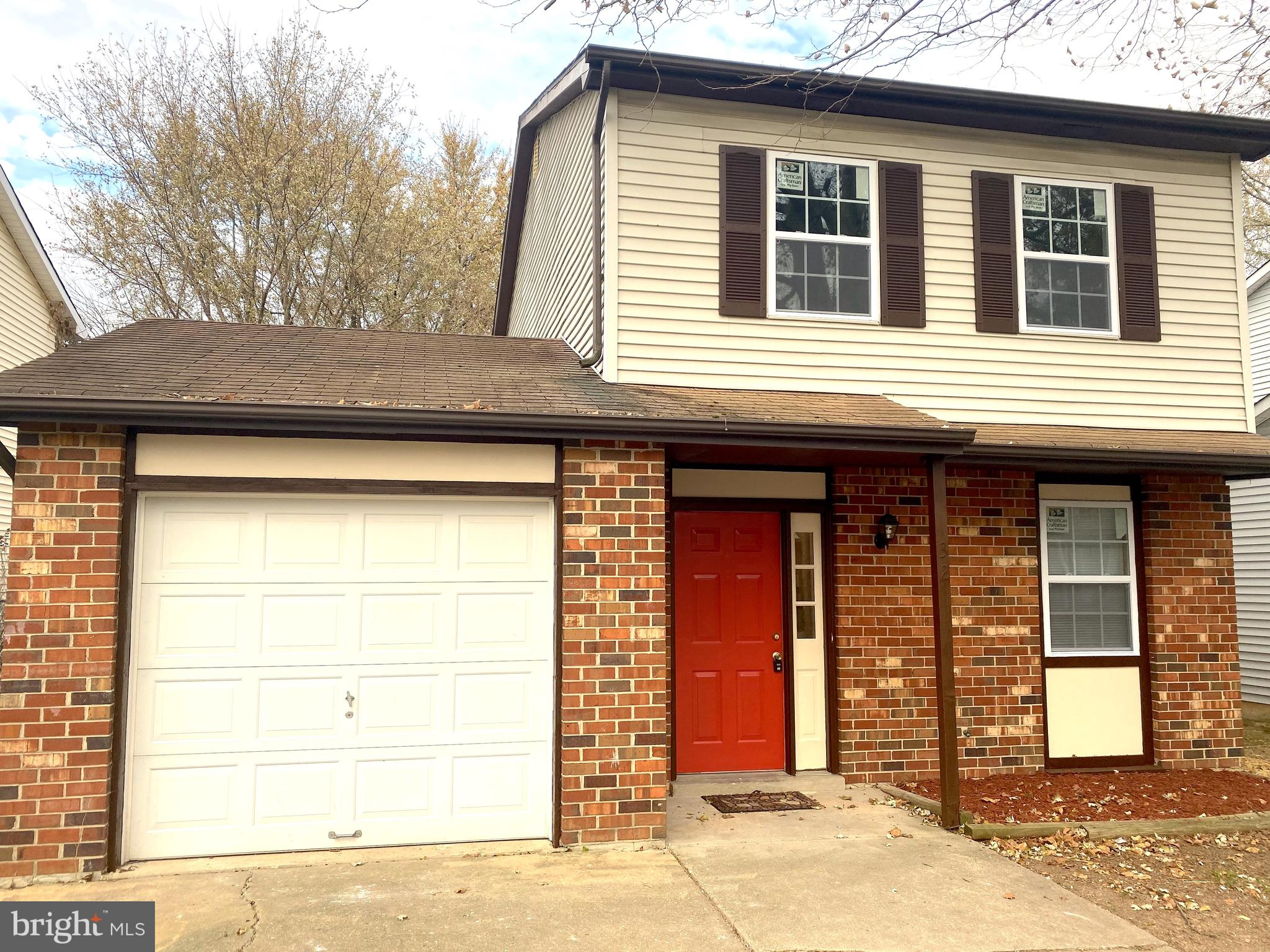 Totally and tastefully updated home in Buckley just waiting for a new owner.  Sellers have spared no