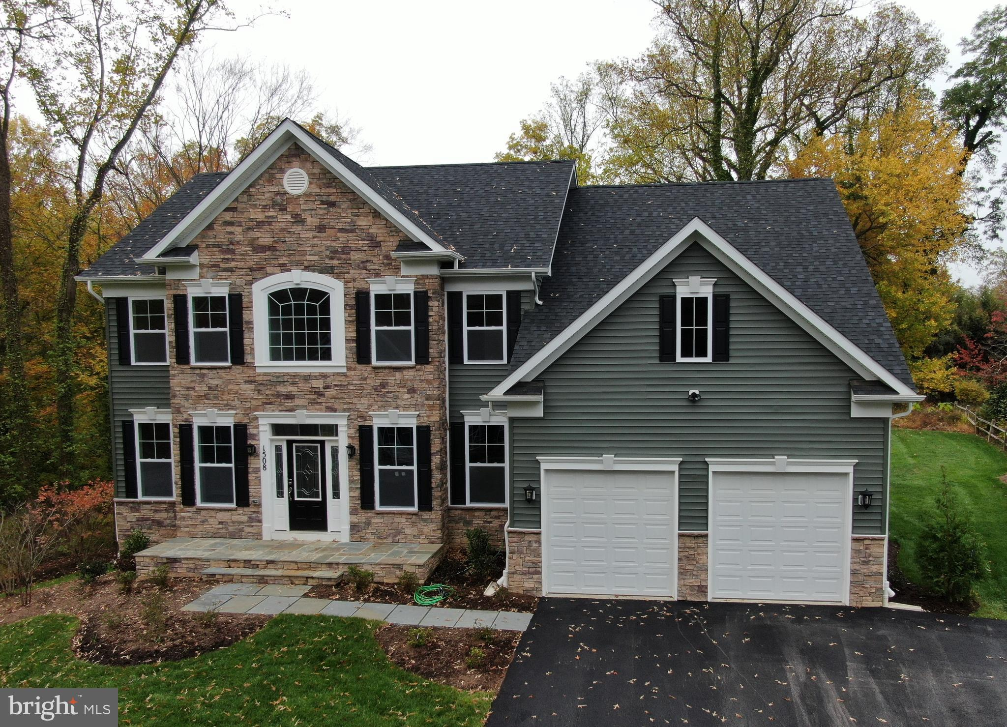TO BE BUILT* This Covington Model is conveniently located near the heart of Annapolis! Shopping and