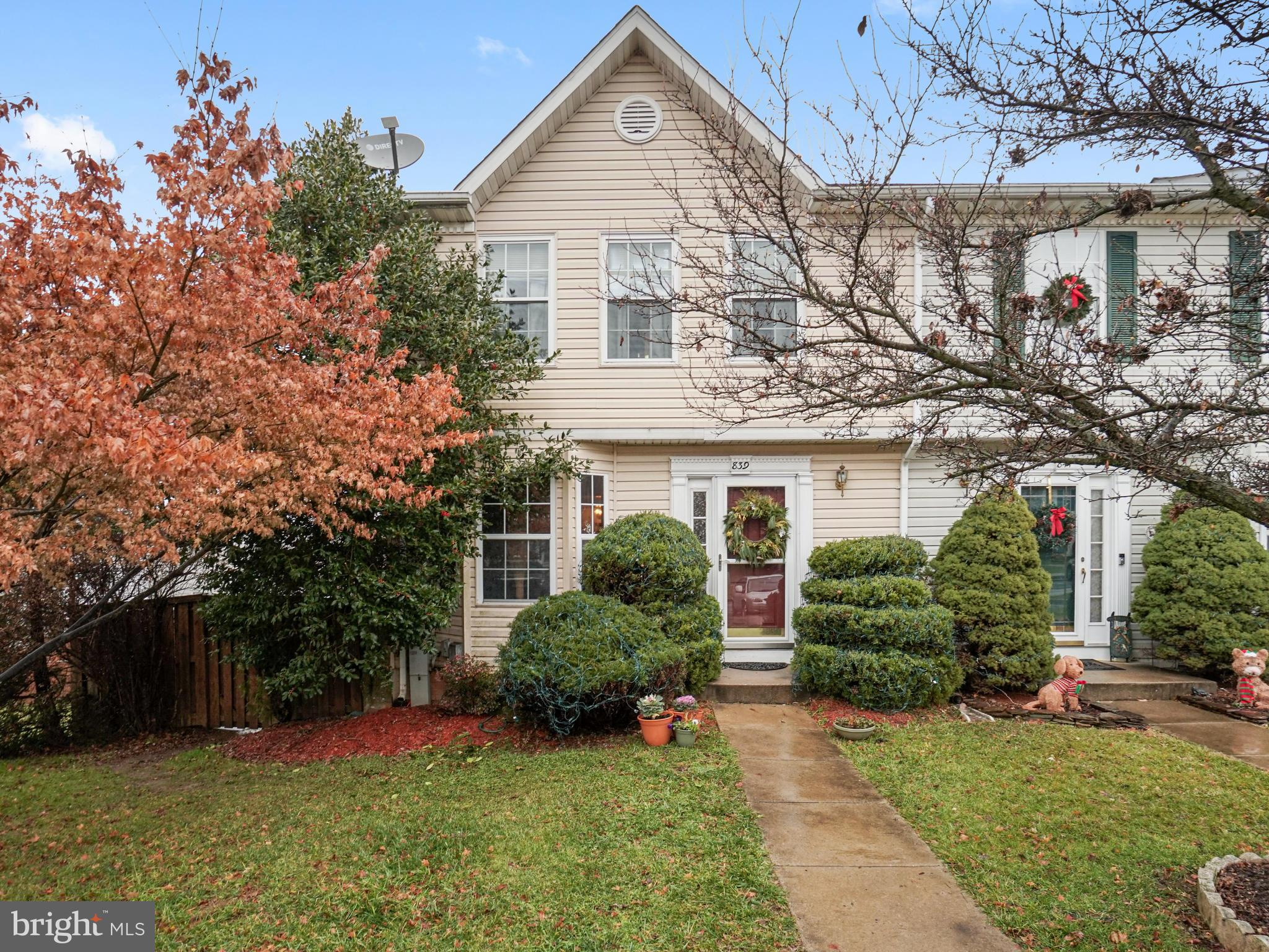 Large End-Unit TownHome 3 Bedroom, 2.5 Baths - Main Level Features Living Room And Dining Room With