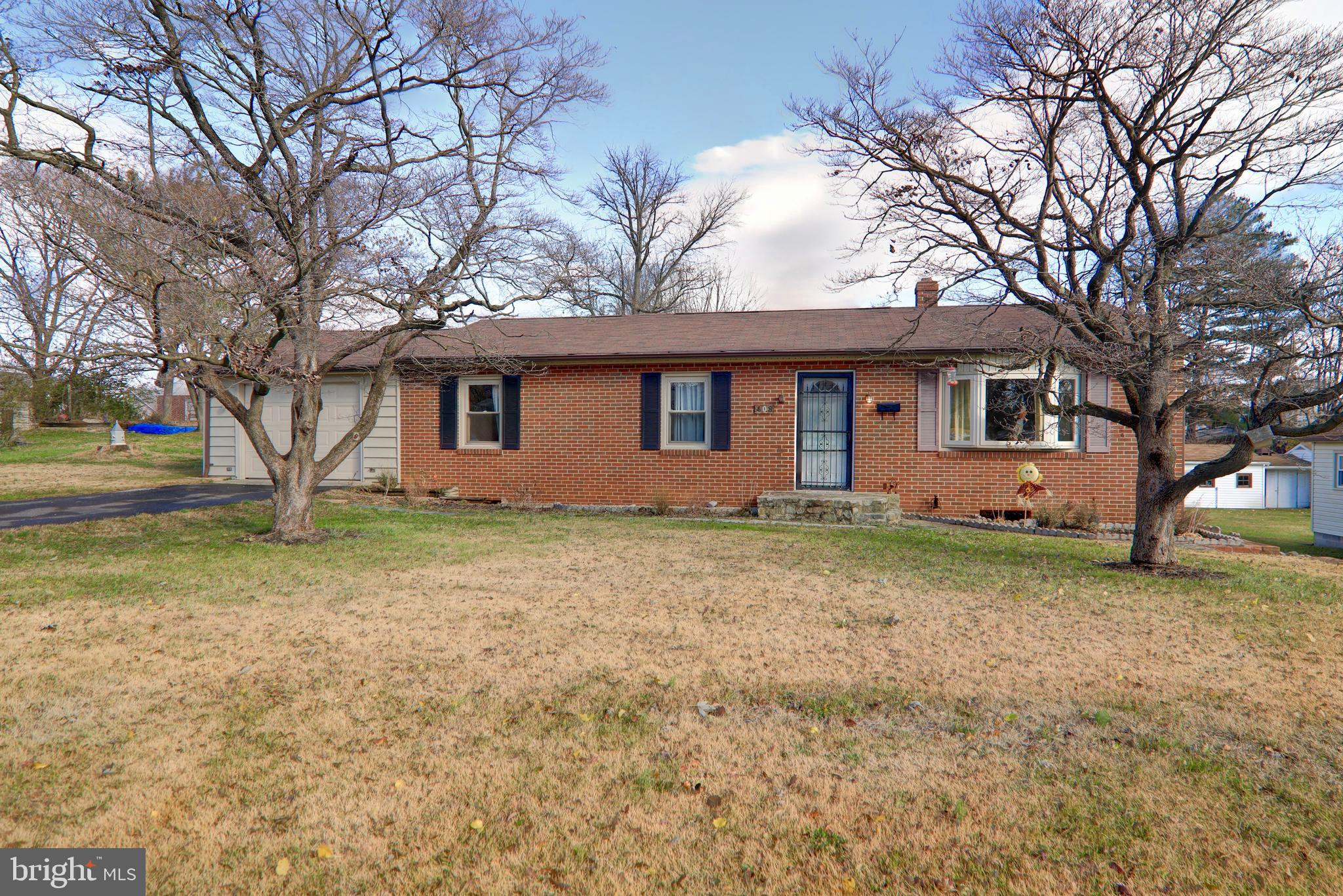 Lovingly maintained brick rancher on double lot and quiet no-thru street in beautiful Berryville! Gl